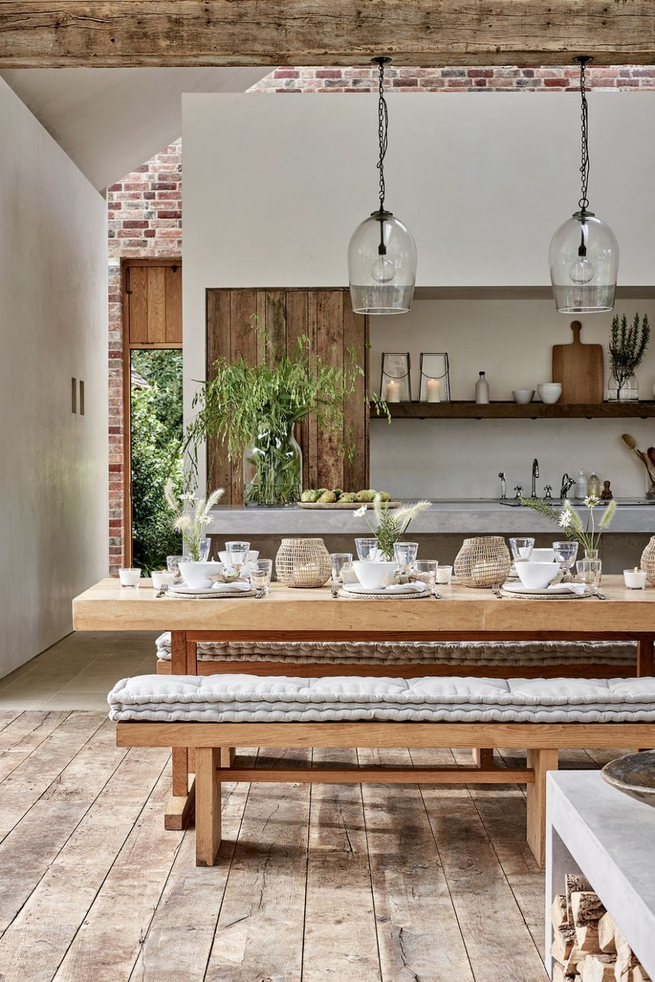 10+ Rustic Decor Ideas - Modern Rustic Style Rooms - Rustic Apartment Decor Ideas