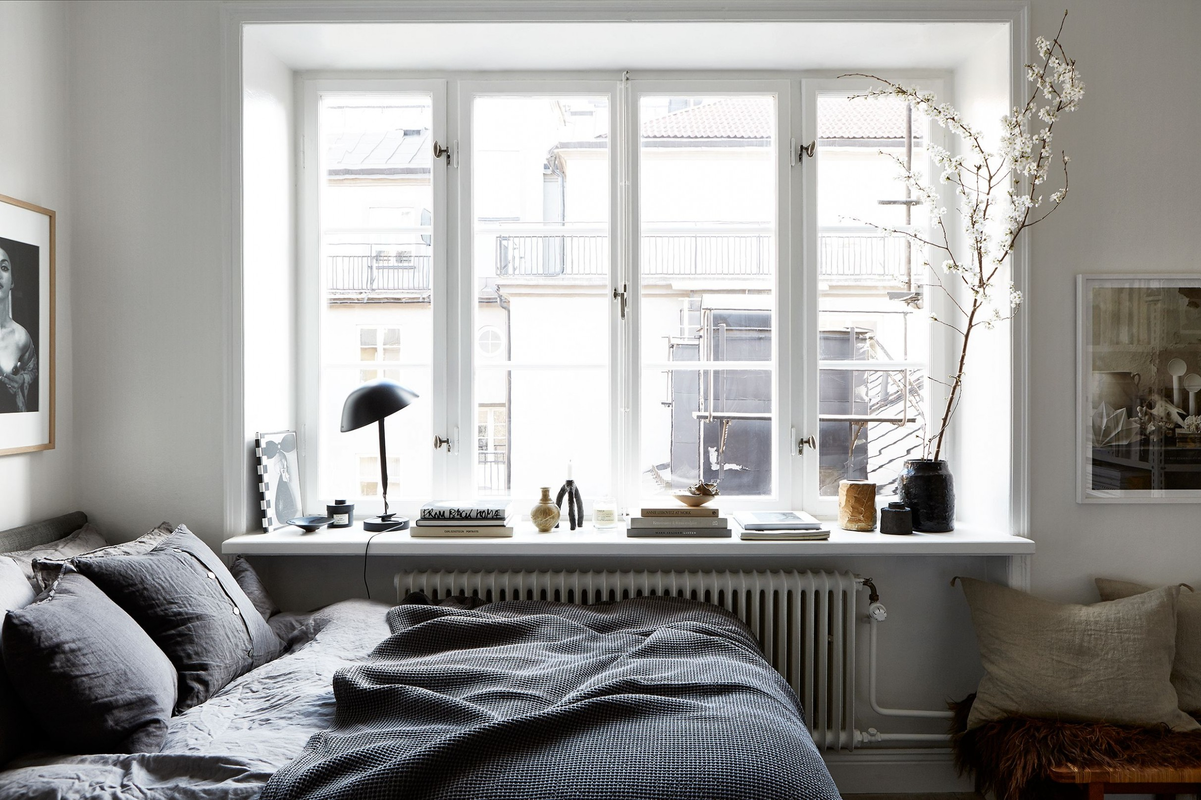 10 Small Bedroom Design Ideas - How to Decorate a Small Bedroom - Window Ideas Bedroom