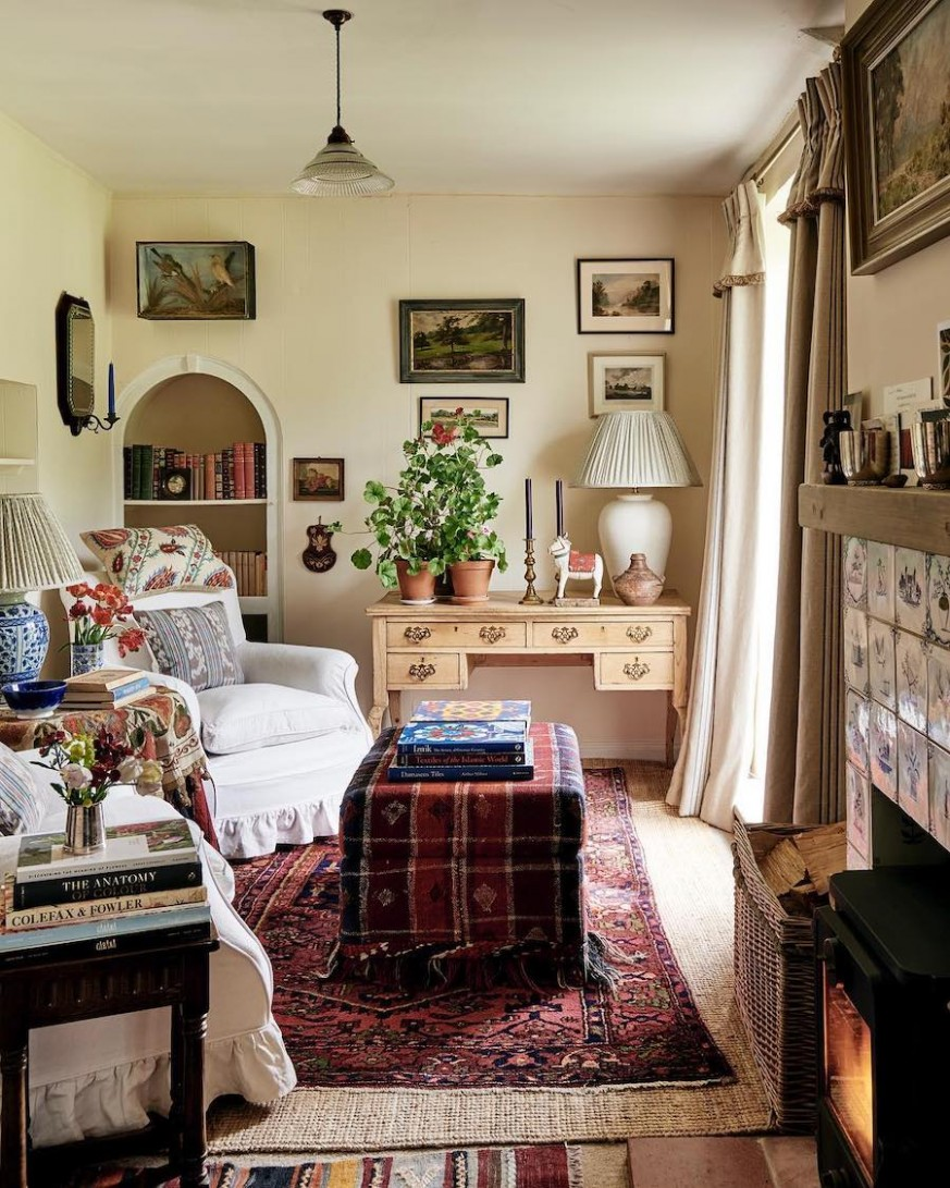 11 Country Home Decor Ideas - Bedroom Ideas English Country