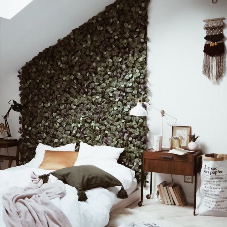 11 Sophisticated Beds Without the Headboard - Bedroom Ideas Without Headboard