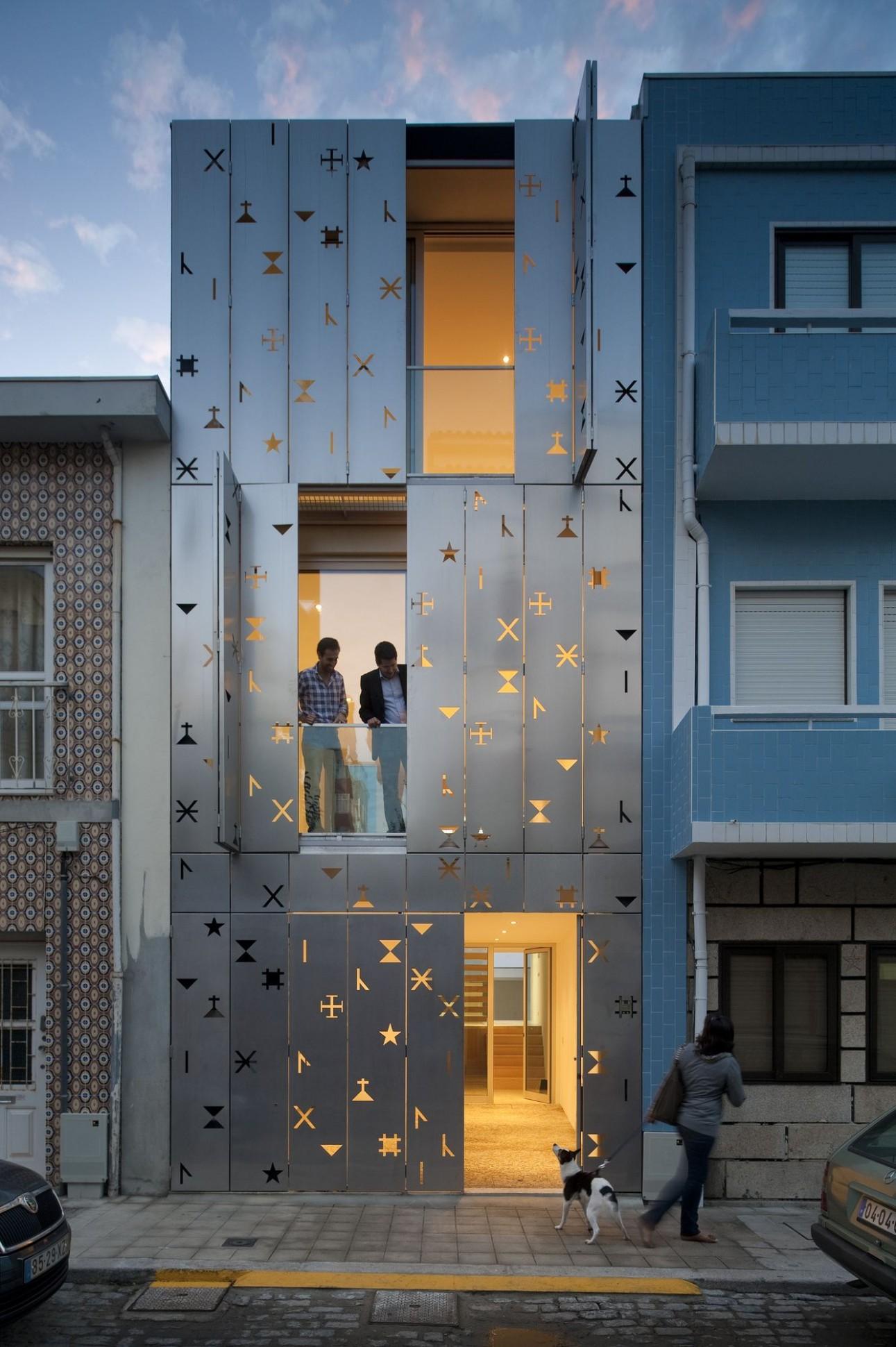12 Cool Building Facades Featuring Unconventional Design Strategies - Apartment Design Facade
