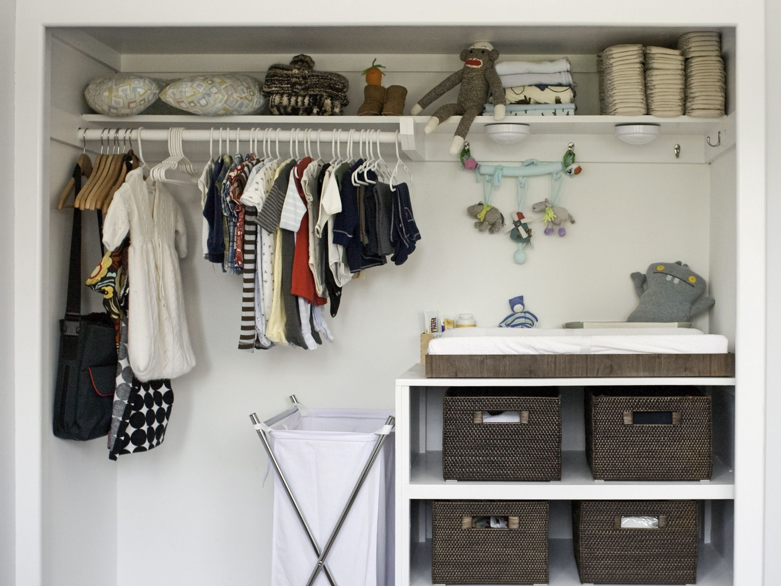 12 Ways You Can Organize Baby Clothes - Closet Ideas For Baby Nursery