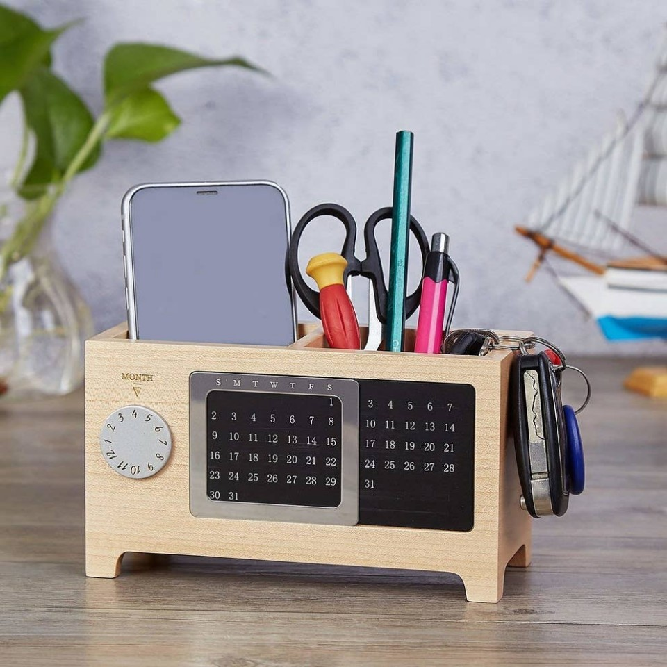 8 Gifts For People Who Spend All Day At Their Desks - Home Office Gift Ideas For Him