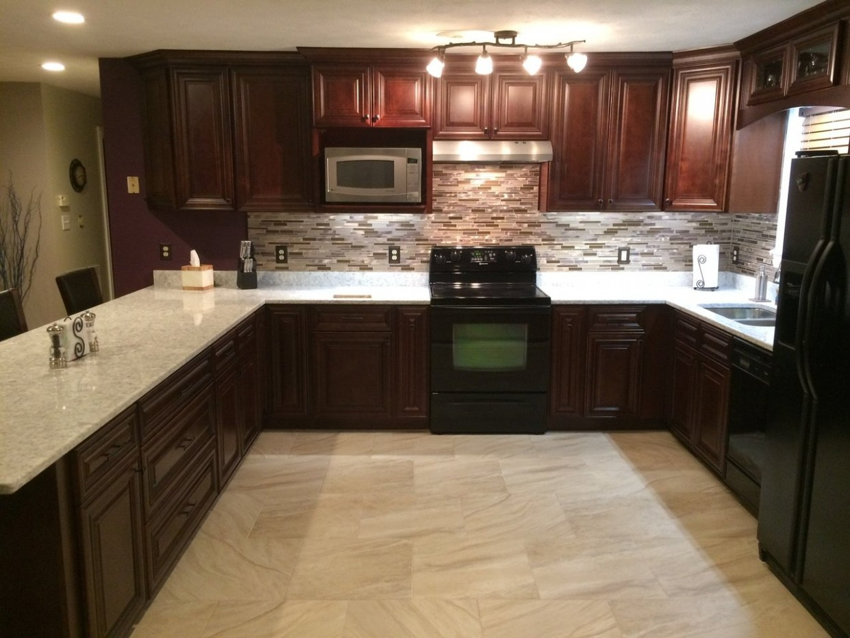 8 Tips for Matching Kitchen Cabinets & Countertops - Surplus Sales  - Matching Kitchen Cabinets And Flooring