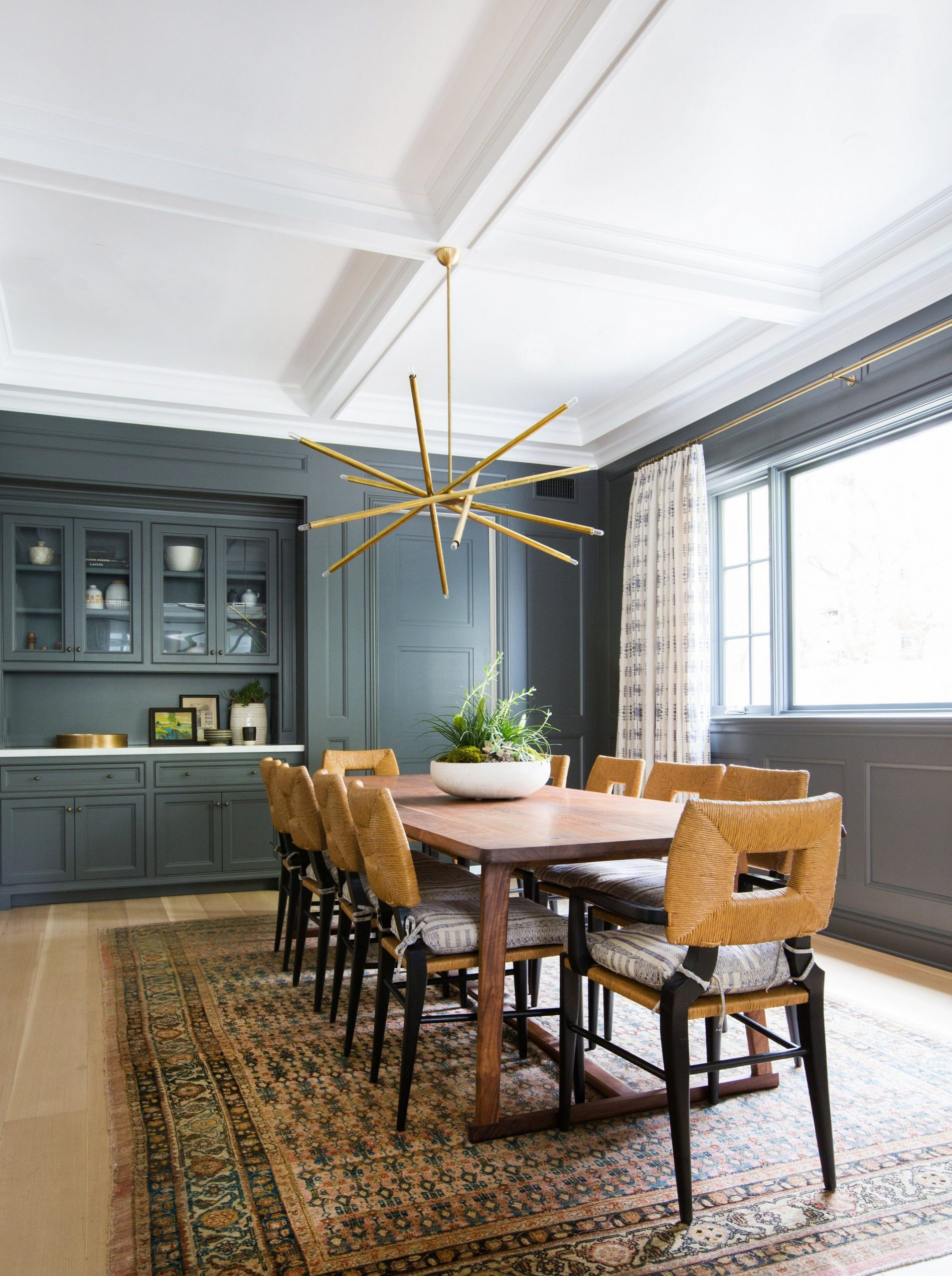 9 Best Dining Room Paint Colors - Modern Color Schemes for Dining  - Dining Room Ideas Colour Schemes