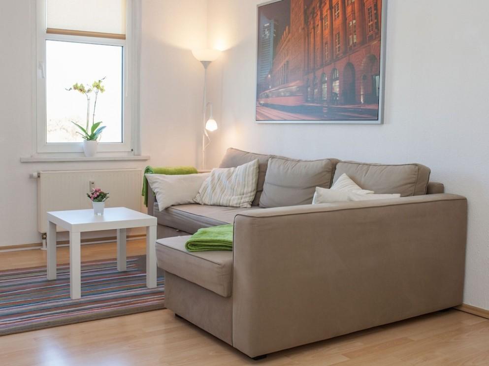 9 rooms apartment, kitchen, bathroom, balcony, HD TV, WiFi, parking - near  zoo, fair - Nord - Design Zoo Apartment