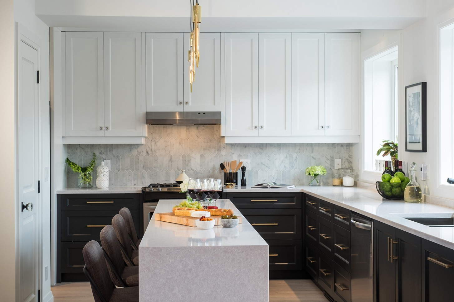 9 Timeless Kitchen Cabinet Ideas for Your Next Remodel - Kitchen Designs With White Upper Cabinets And Dark Lower Cabinets