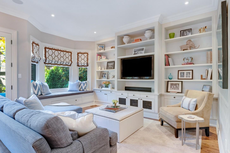Apartment Living Room Color Scheme Ideas  AOK Apartment Locators - Apartment Design Color Scheme