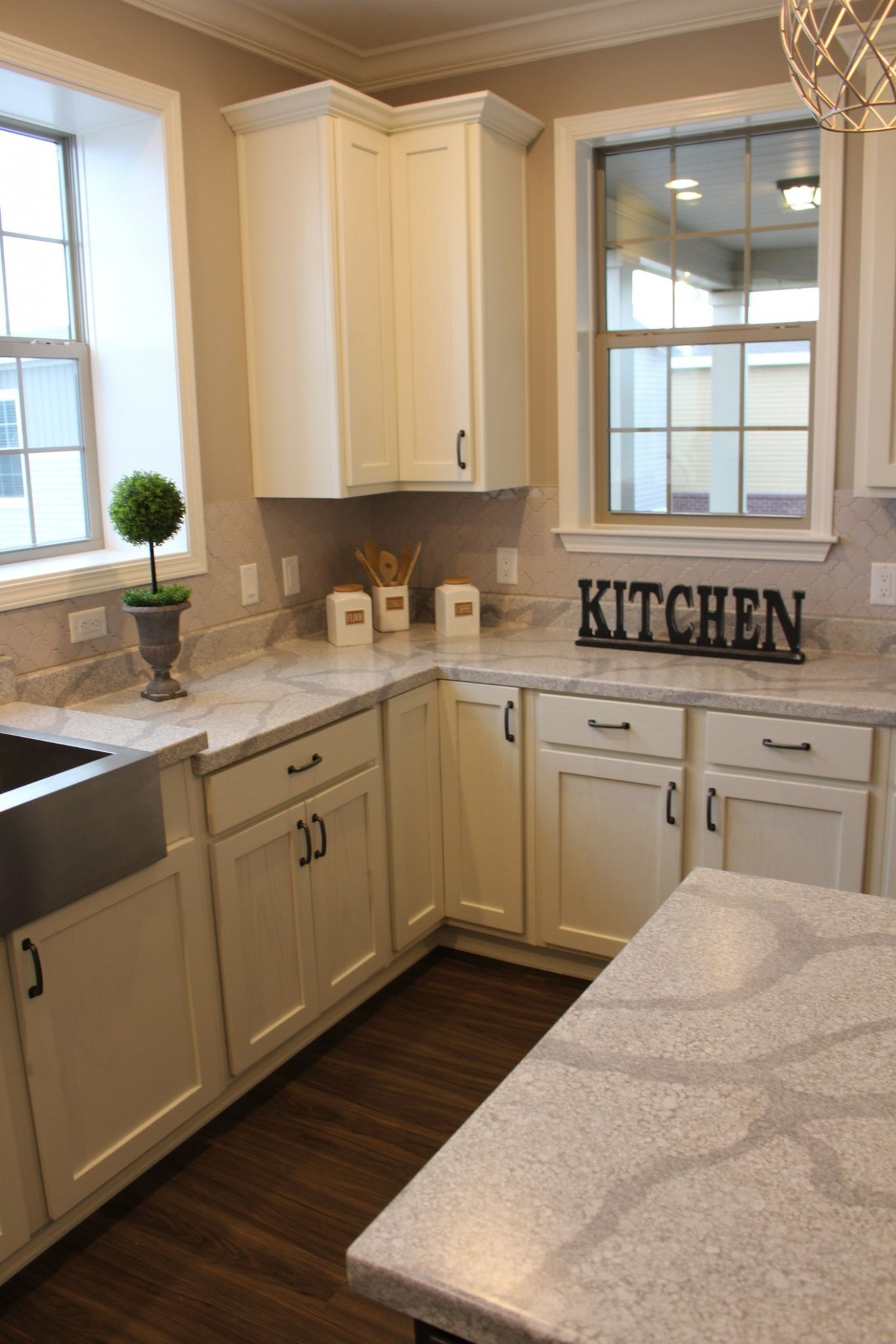 Beautiful Alabaster Shaker cabinets make this kitchen open and  - Franklin Kitchen Cabinets