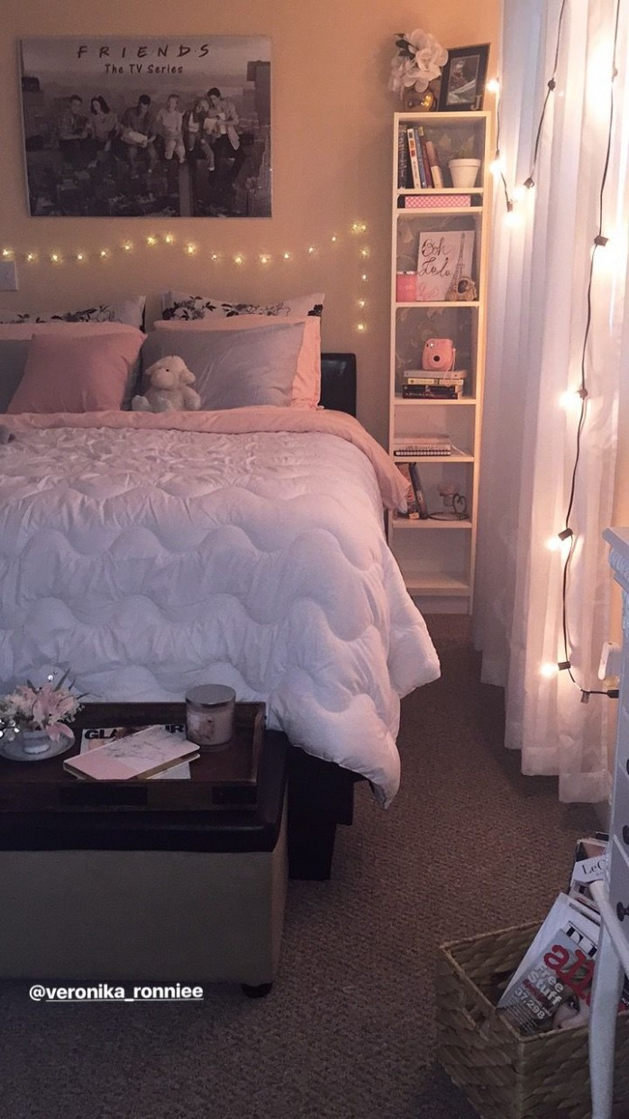 Bedroom decor/gray and pink decor/ white and gray bedroom/ Paris  - Small Bedroom Ideas Queen Bed