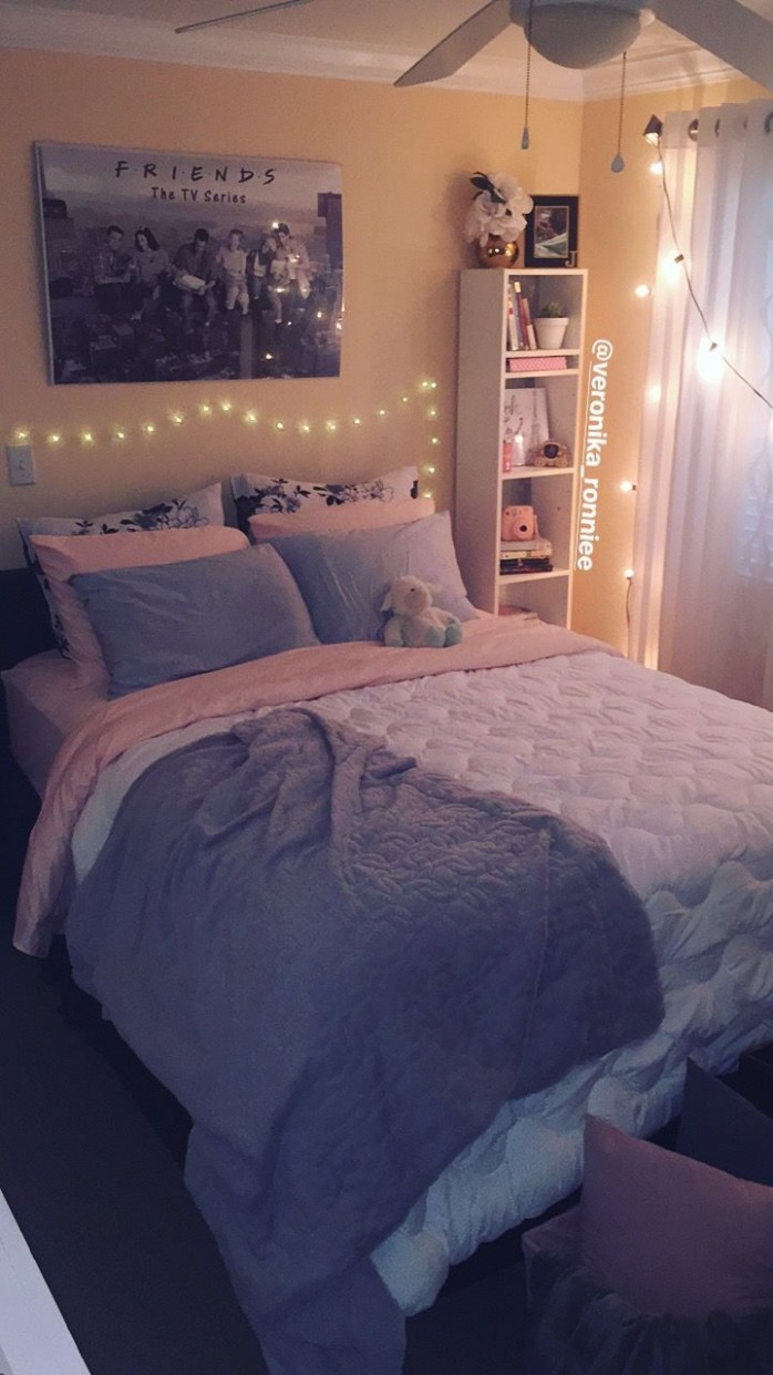 Bedroom decor/gray and pink decor/ white and gray bedroom/ peach  - Small Bedroom Ideas Queen Bed