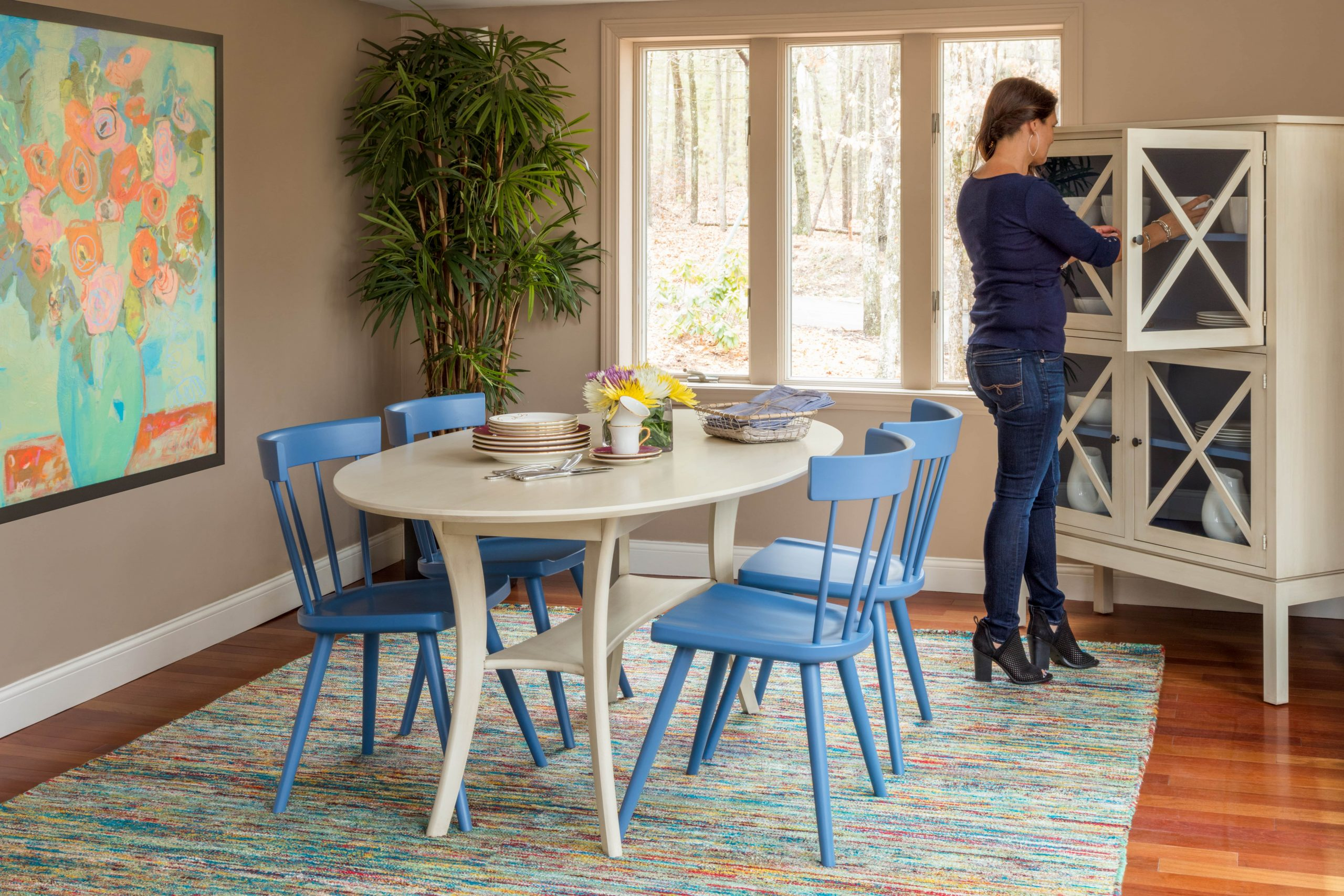 Circle Furniture - How to Update a Traditional Dining Room - Dining Room Replacement Ideas