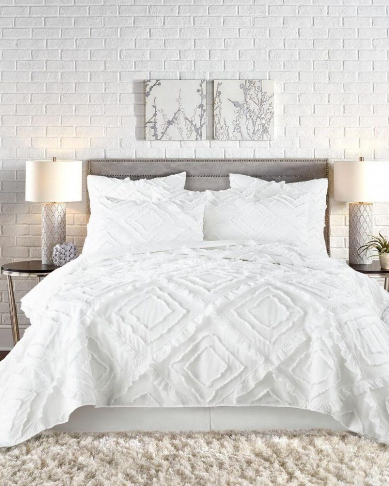 Coastal Bedding Ideas - Ten Beachy Options for Your Bedroom  - Bedroom Quilt Ideas