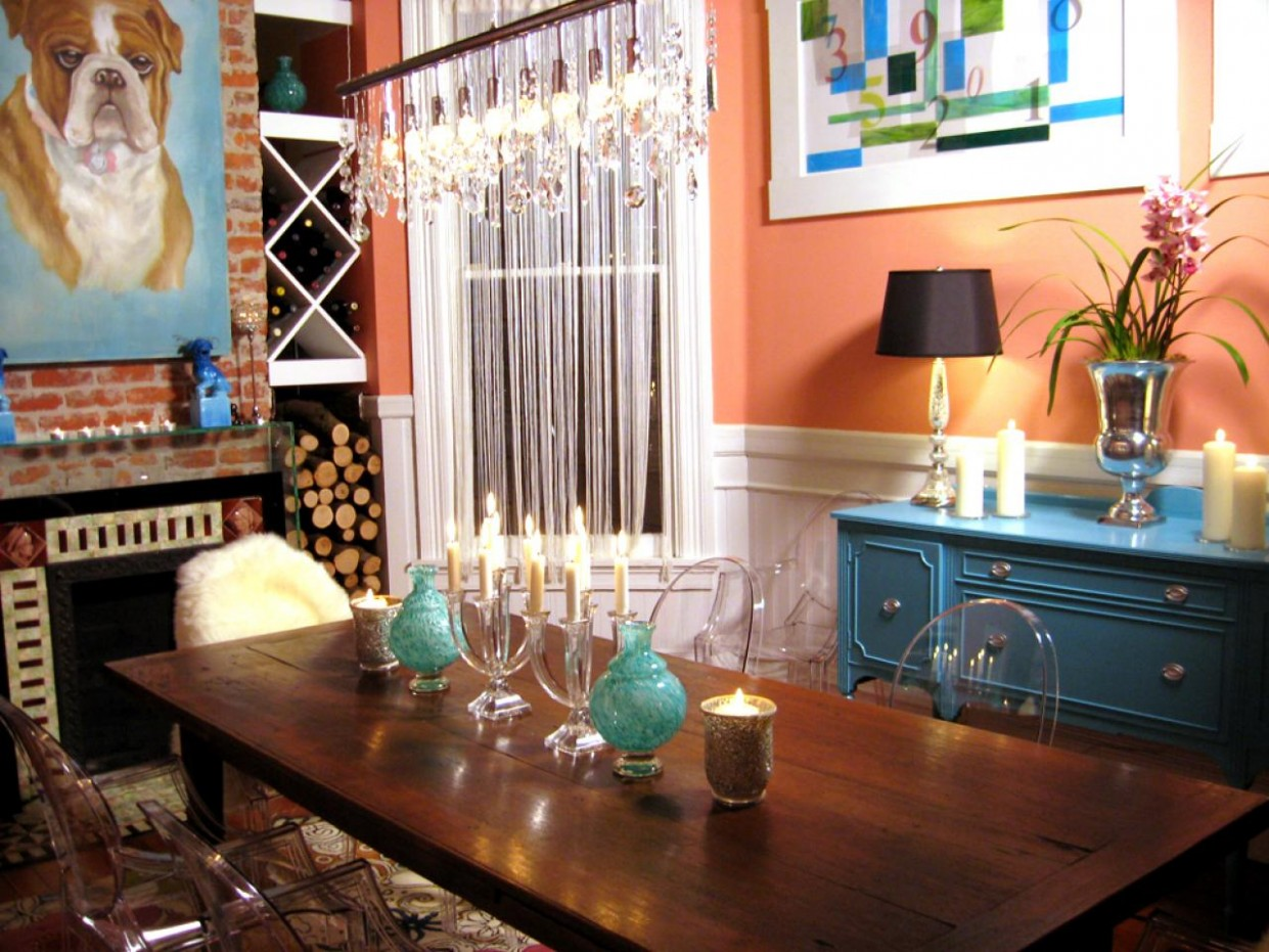Color Rules for Small Spaces  HGTV - Apartment Design Color Scheme