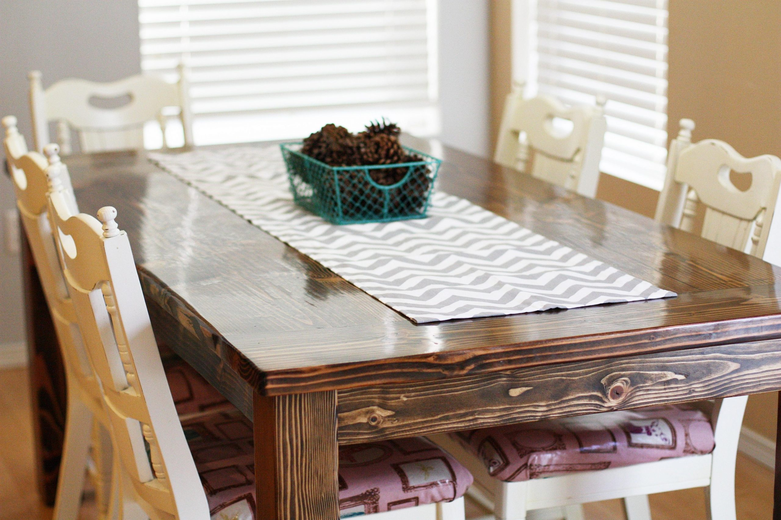 Creative Stylish Table Runner Ideas That Turn Warehouses Into  - Dining Room Runner Ideas