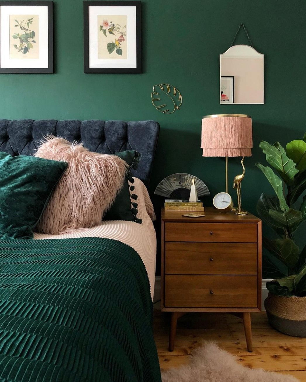 Dark green bedroom ideas #cosybedroom #moodycolours #greenbedroom  - Bedroom Ideas Emerald Green