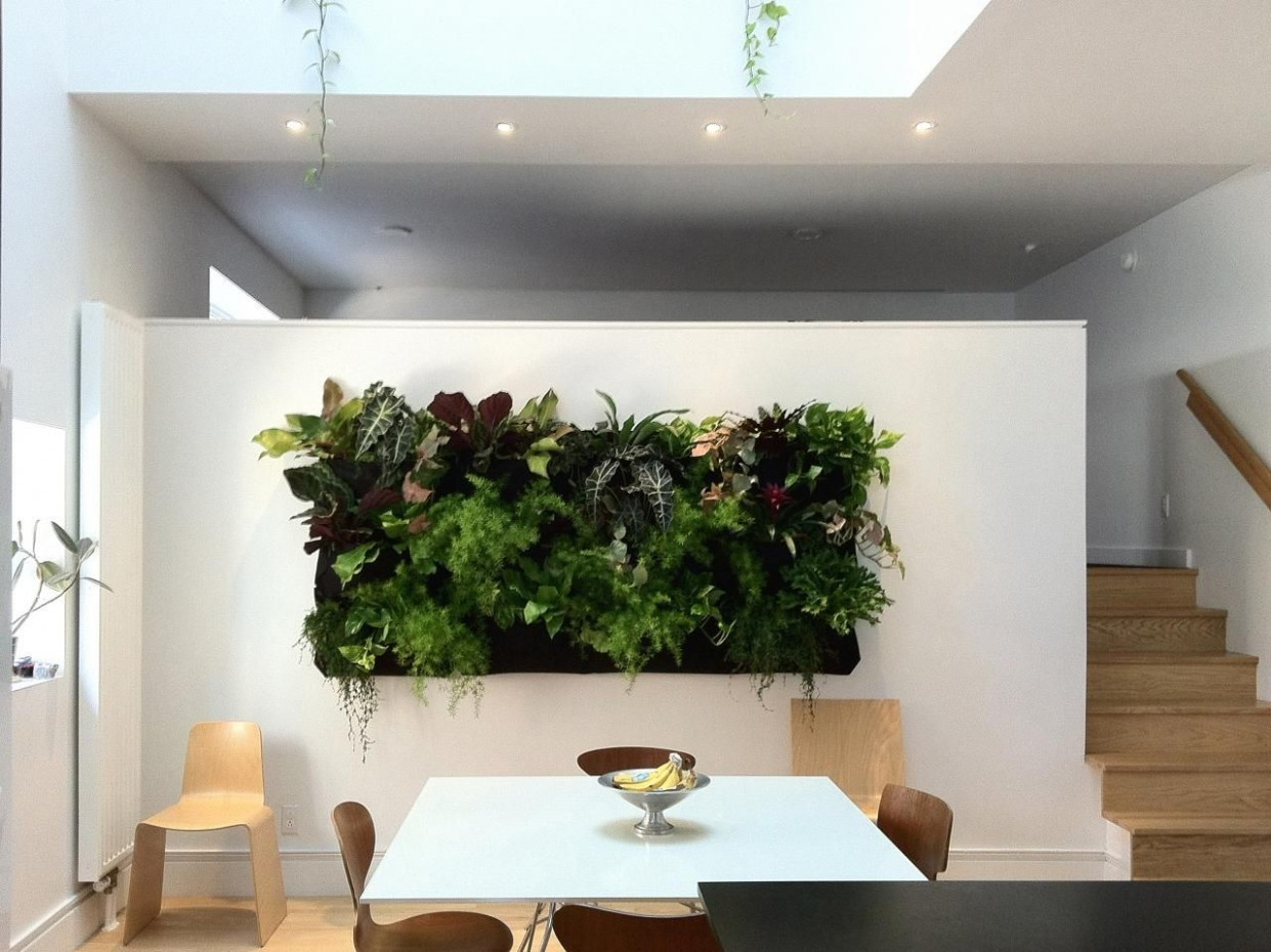 Dining Room Wall Displaying Greenery #greenery #interiordesign  - Dining Room Garden Ideas