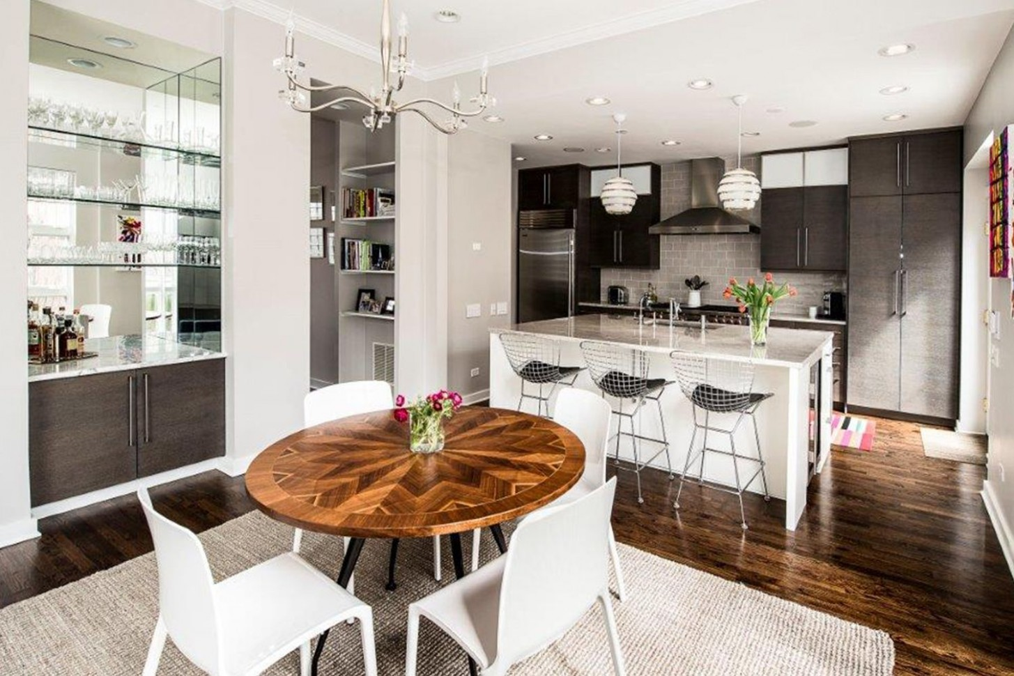 Eat-in Kitchen Ideas for Your Home - Eat-in Kitchen Designs - Dining Room Kitchen Ideas