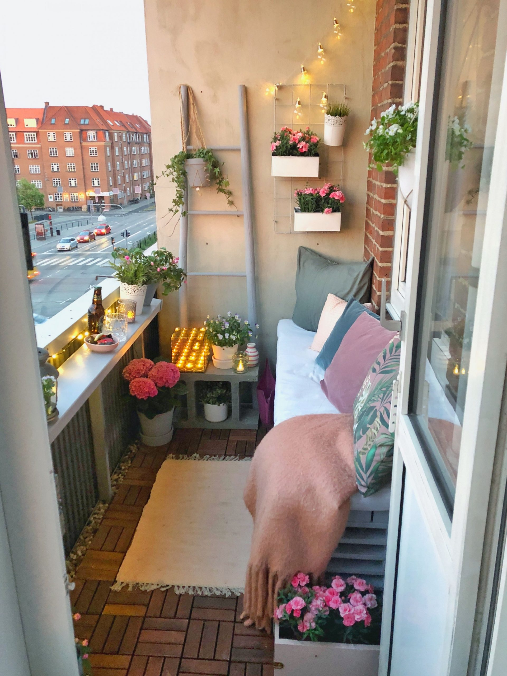 ·F·a·i·t·h· 신앙 : yeayme ]  Apartment balcony decorating  - Decorating Apartment Balcony Ideas