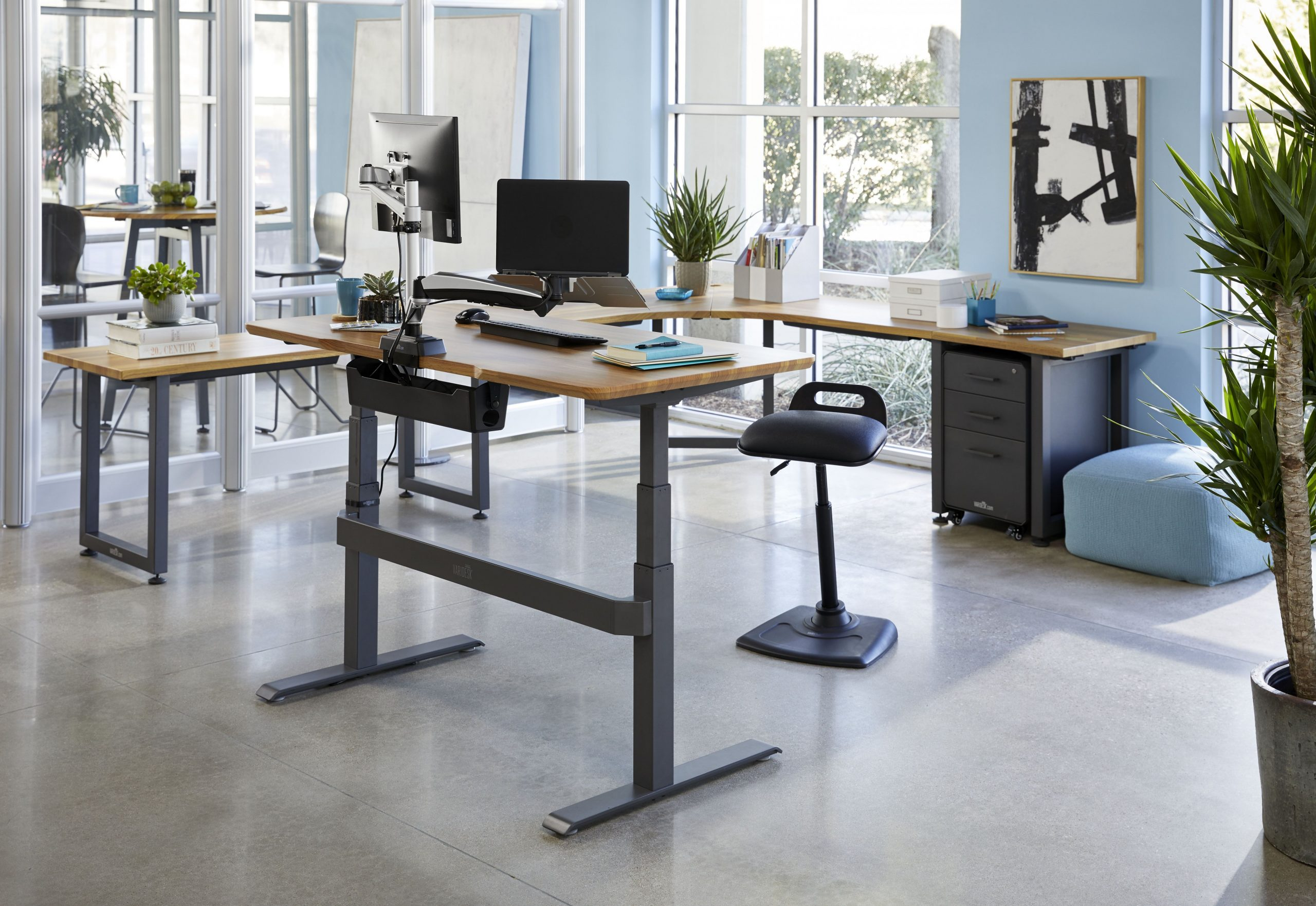Flexible Office Design + Standing Desk Inspiration  Living space  - Home Office Ideas With Standing Desk