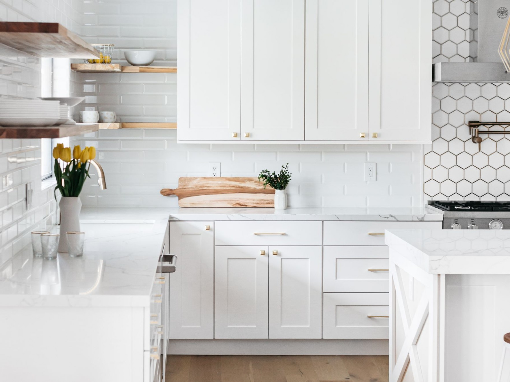 Guide to Standard Kitchen Cabinet Dimensions - Base Kitchen Cabinets Are Typically