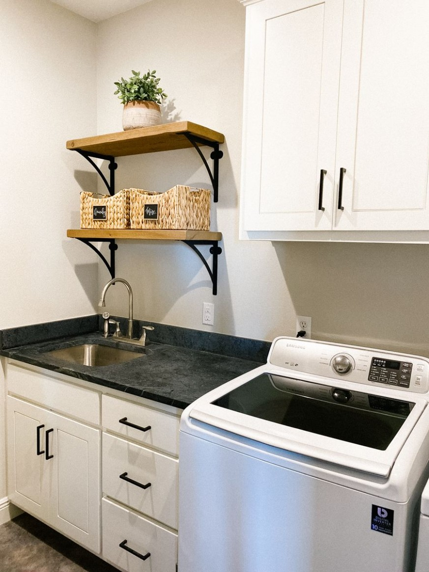 Harper Hill Country: Our Bedroom + Bathroom + Laundry Room - HOUSE  - Laundry Room Guest Bedroom