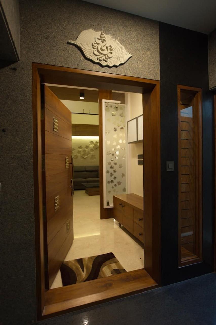 House design ideas, inspiration & pictures  homify  Door design  - Apartment Entrance Design