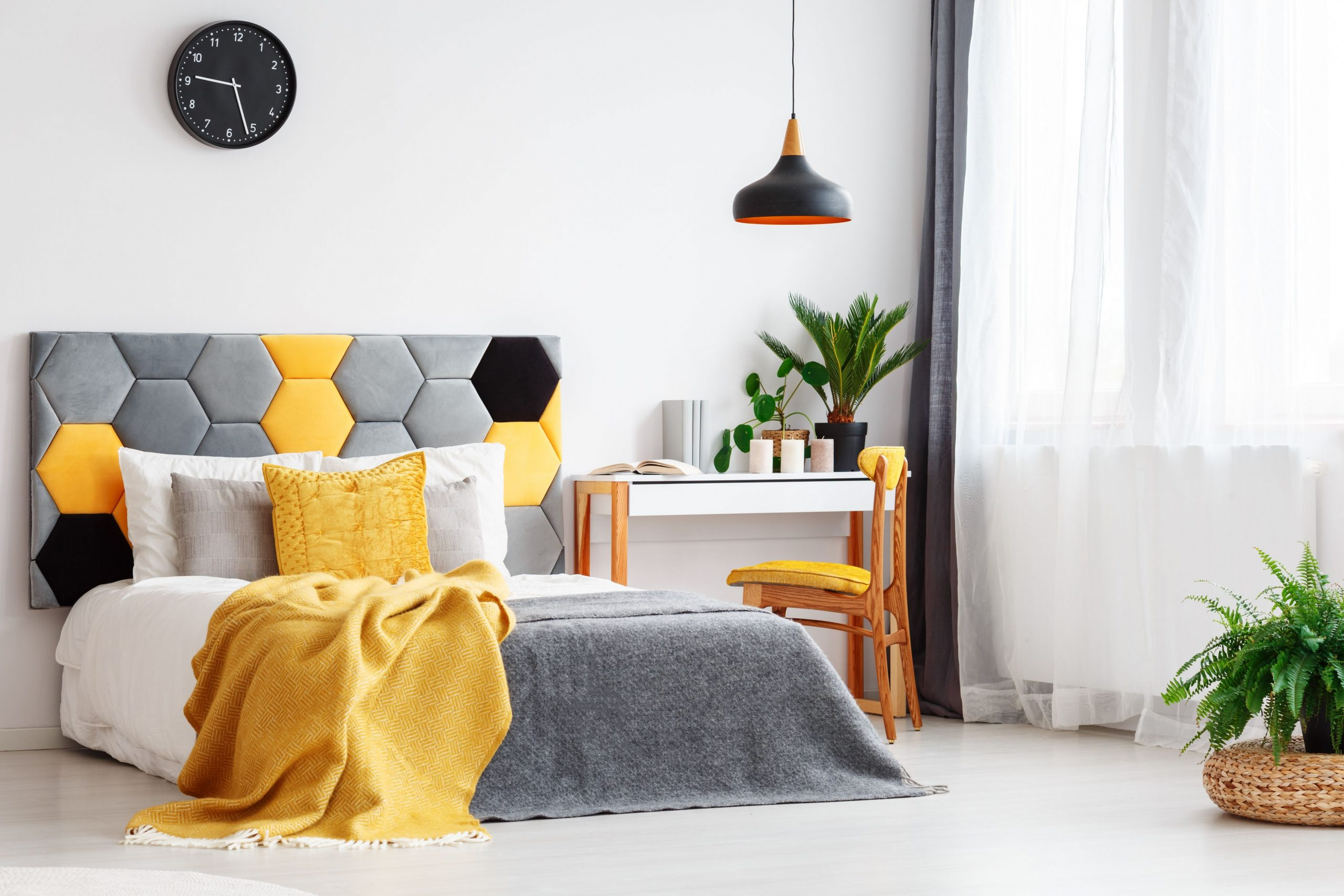 How to Decorate a Bedroom With Yellow - Bedroom Ideas Yellow And Blue
