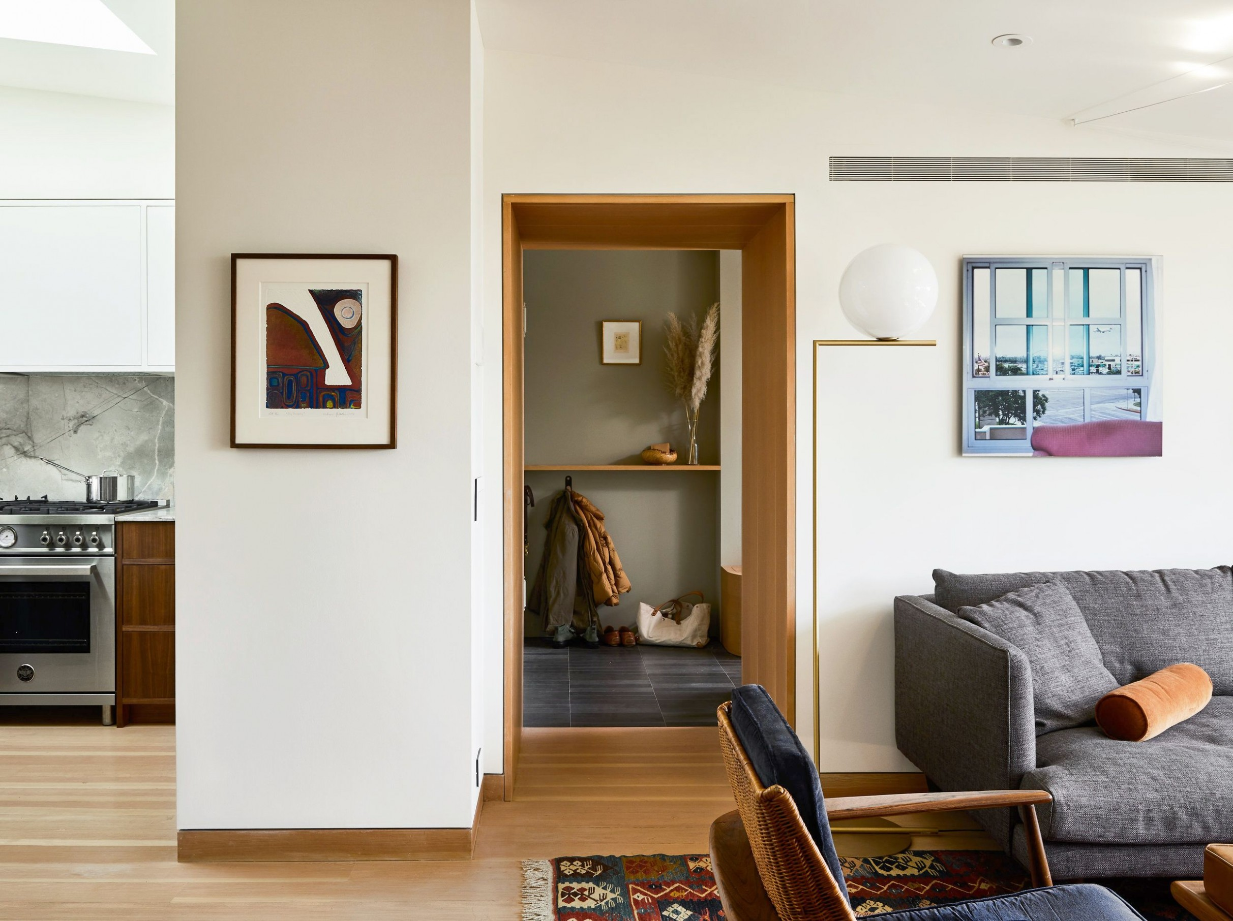 How to Decorate Your First Apartment - First Apartment Decorating  - Apartment Design Guide Uk
