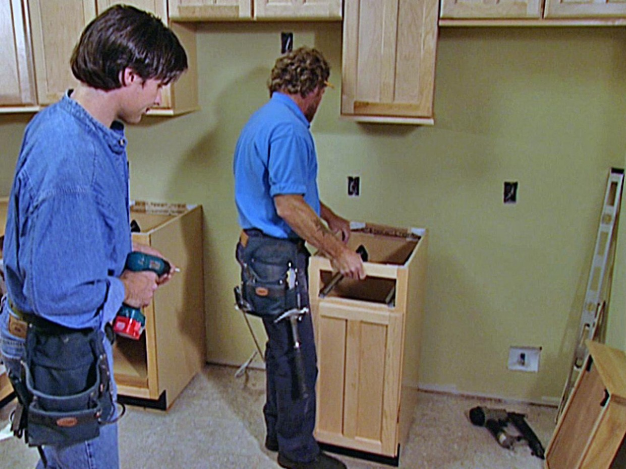 How to Replace Kitchen Cabinets  how-tos  DIY - Replace Just One Wall Of Kitchen Cabinets