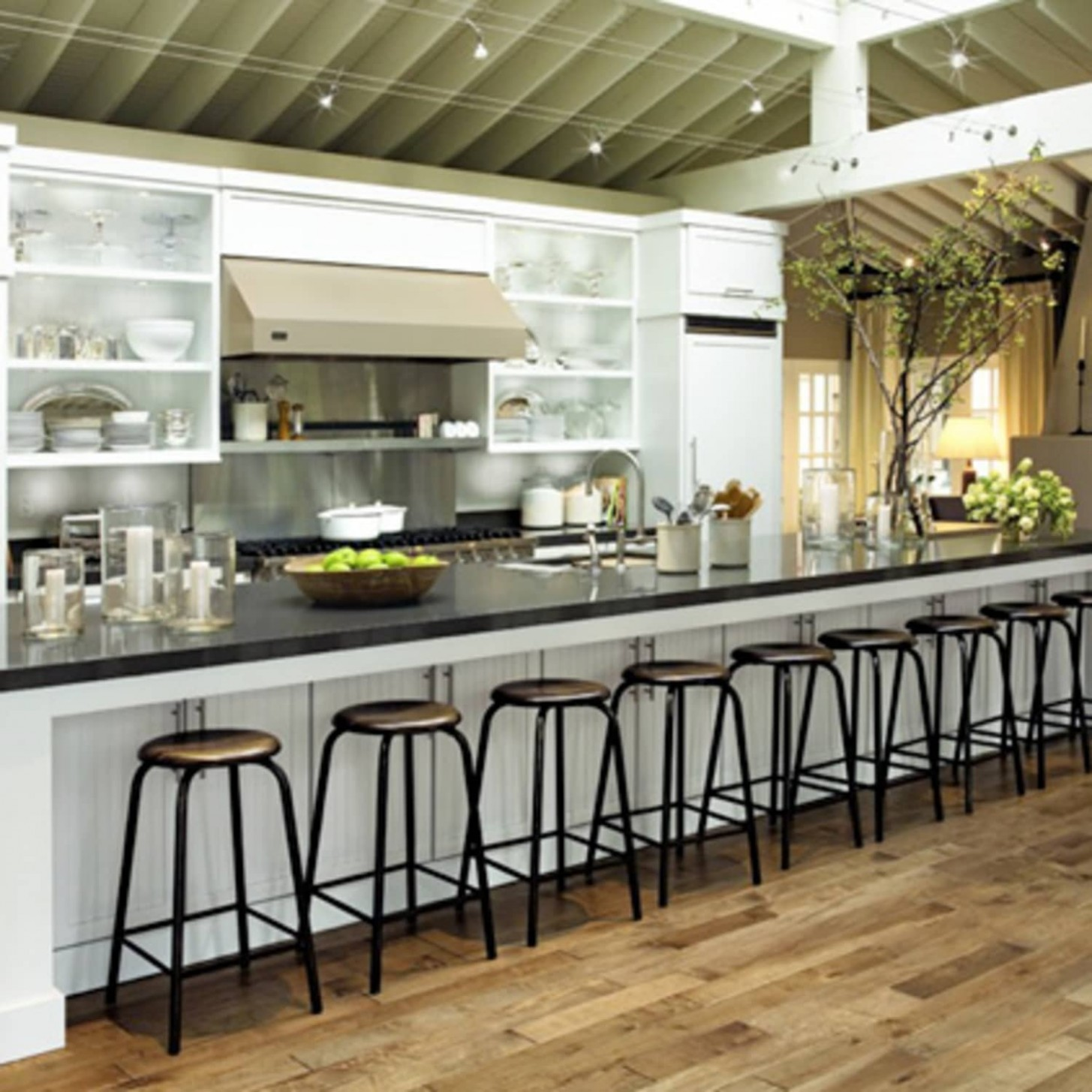 How to Shop for Kitchen Cabinets on the Cheap  Apartment Therapy - Donate Kitchen Cabinets Chicago