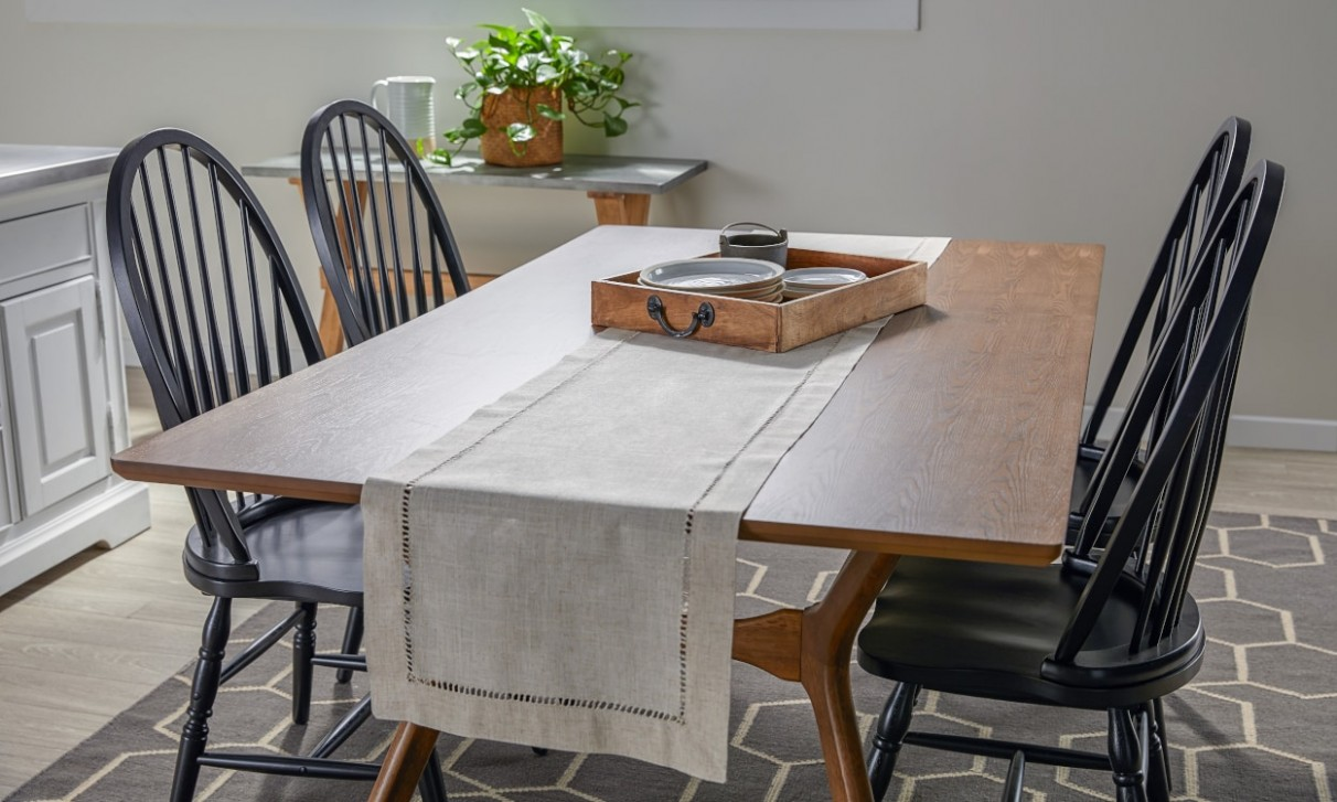 How to Use Table Runners for Decoration  Overstock