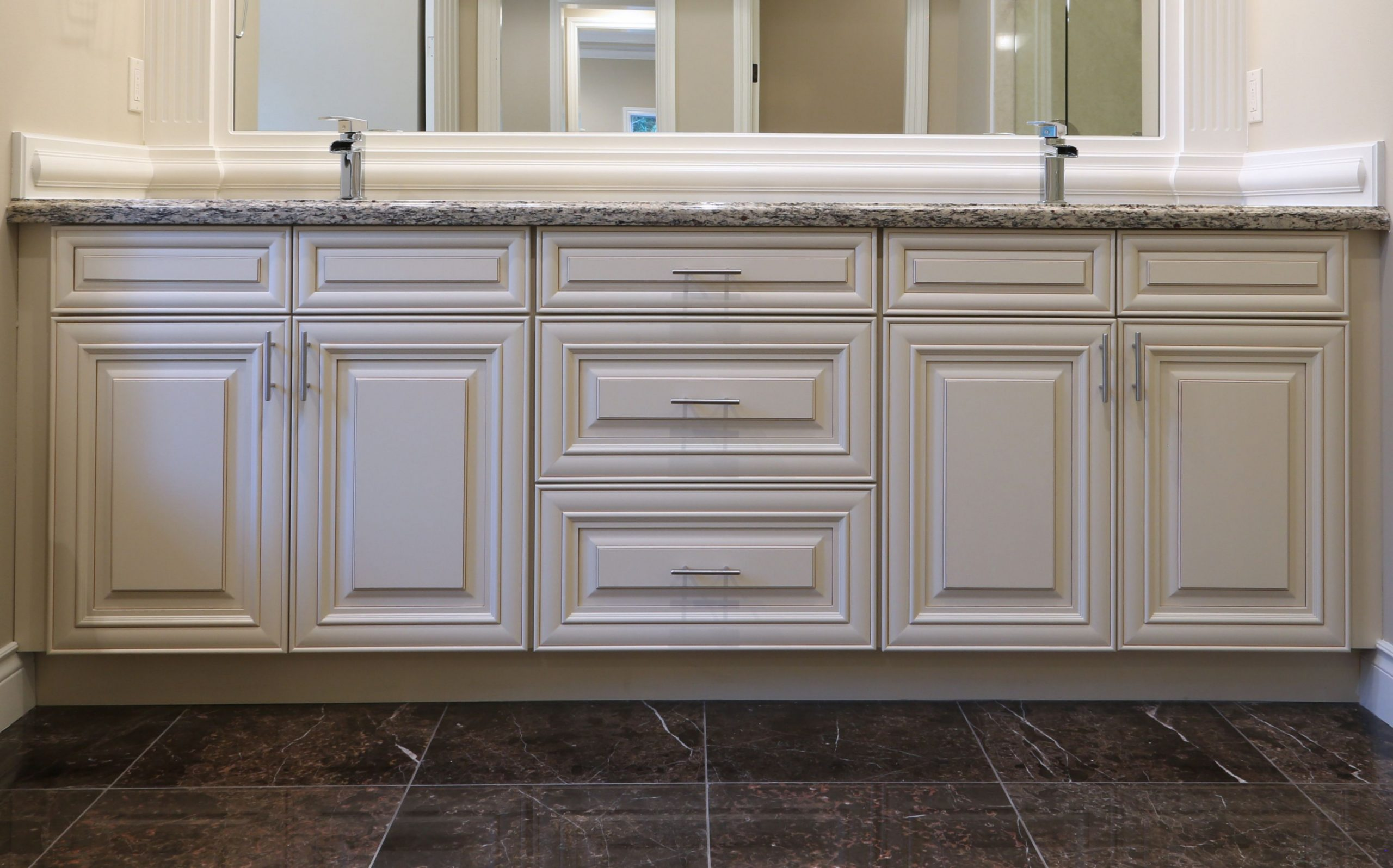 J&K Cabinetry Traditional Vanity made from Maple Wood in a Creme  - Titan Maple Glaze Kitchen Cabinets