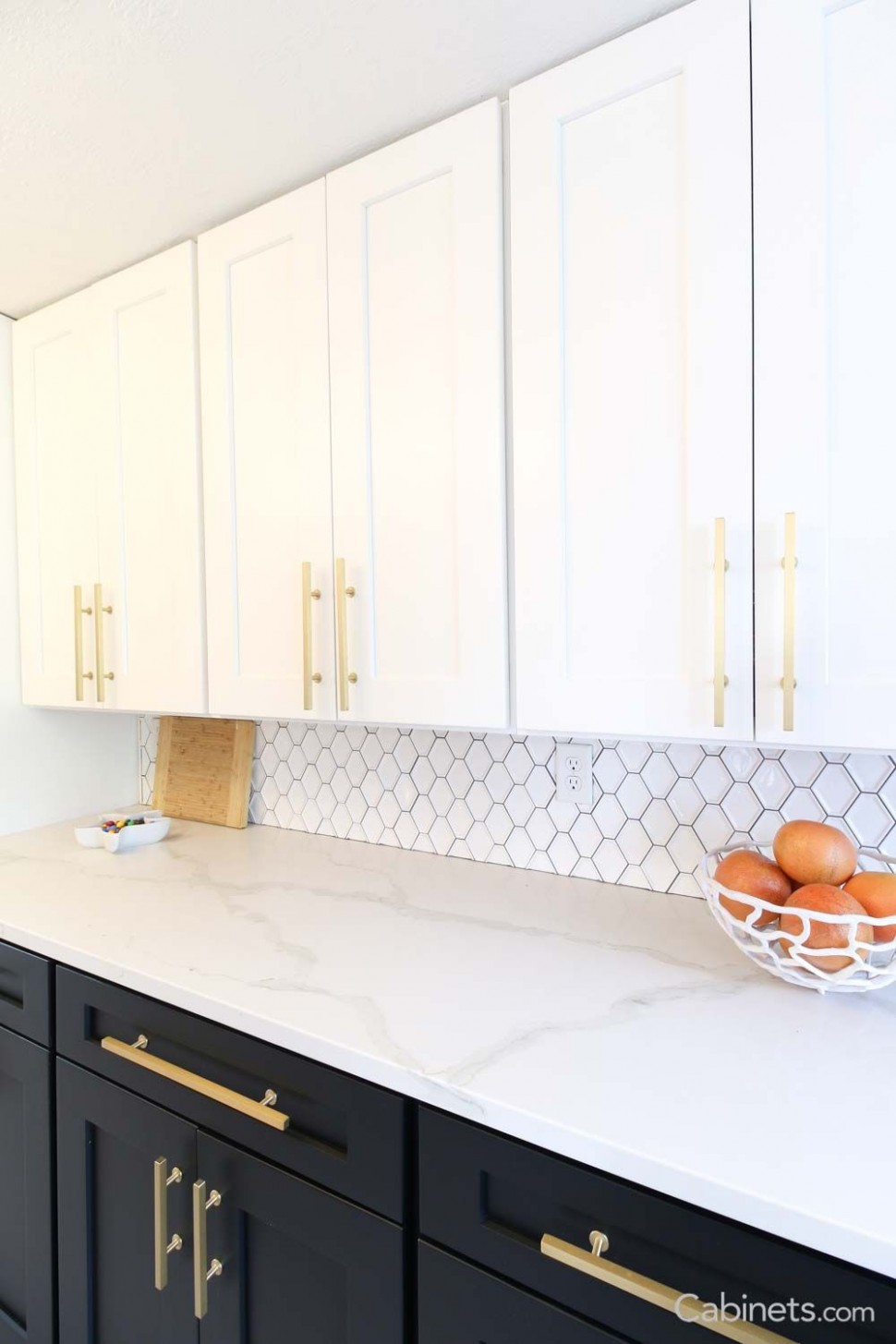 Light cabinets on top, dark cabinets on the bottom = The perfect  - How To Finish The Bottom Of Upper Kitchen Cabinets