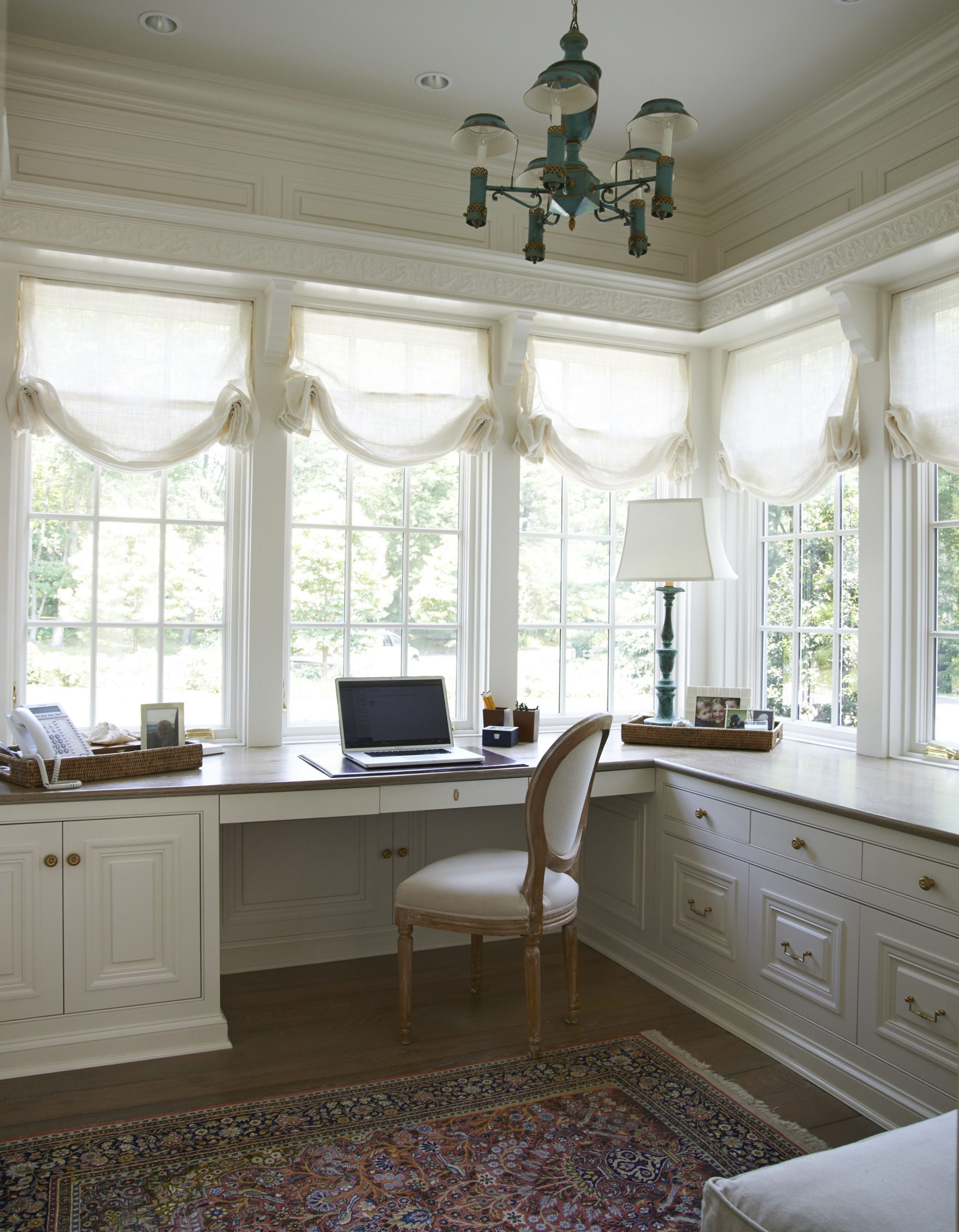 lots of windows and lights for an office  Feminine home offices  - Sunroom Office Ideas
