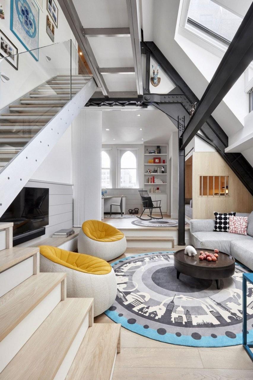 Manhattan Downtown Abbey Small Duplex Penthouse Apartment  - Apartment Duplex Design