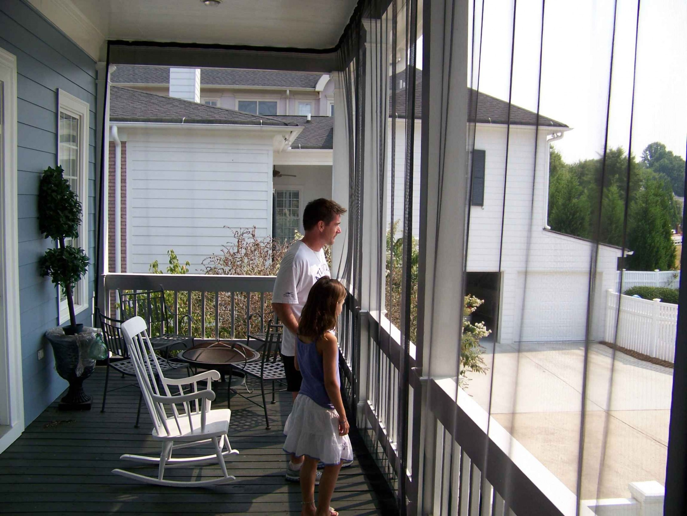 Mosquito Netting Mesh curtains for the balcony - WANT!  Mosquito  - Apartment Balcony Enclosure Ideas