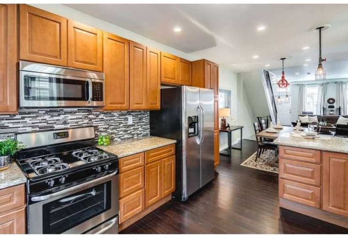 NEW YORKER  KitchenSearch PA - New Yorker Kitchen Cabinets