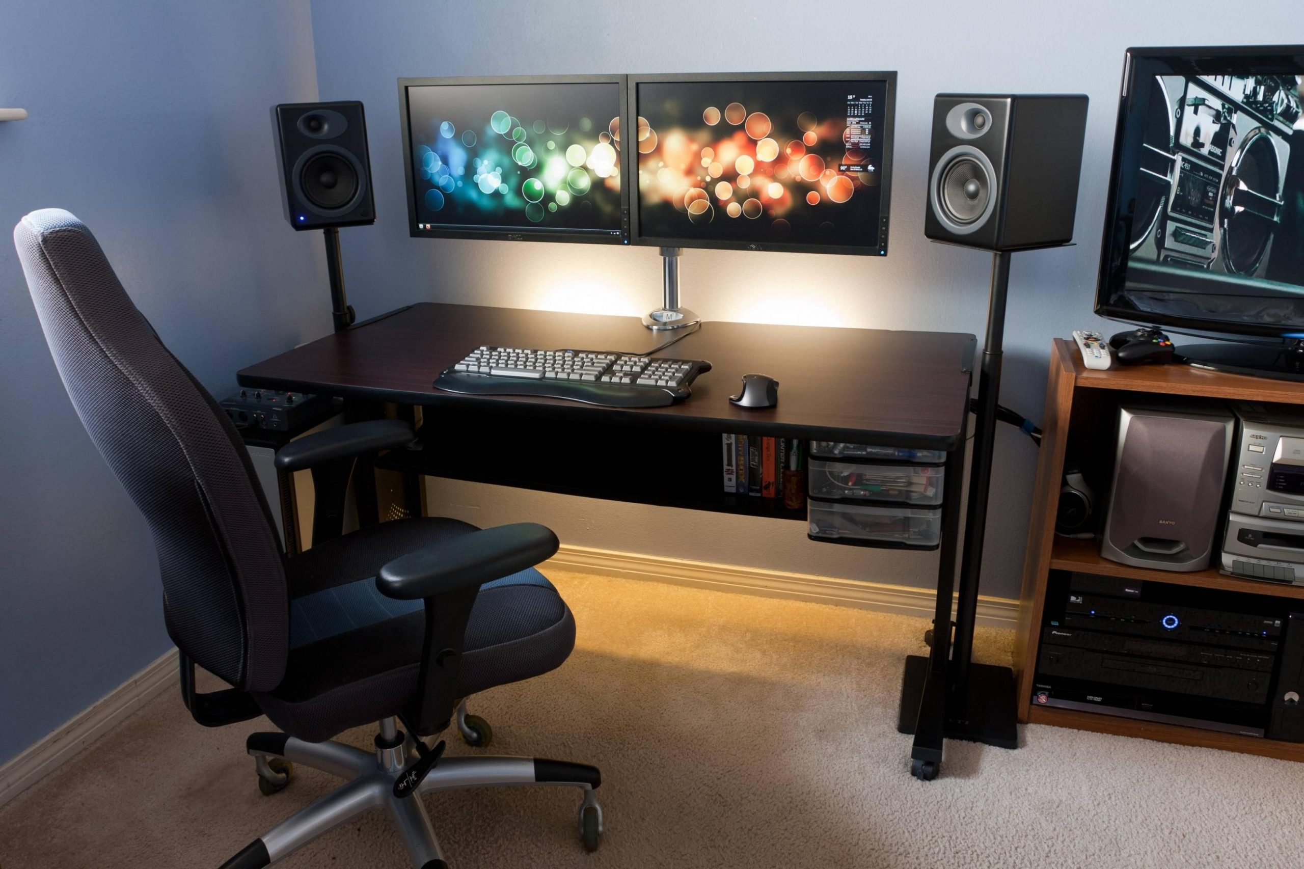 Pin by Chris James on The Rig  Computer desk setup, Minimalist  - Home Office Ideas Dual Monitor