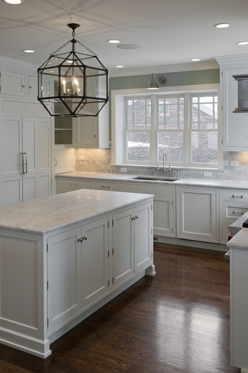 Pin on kitchen/dining room - Kitchen Cabinets With Dark Floors