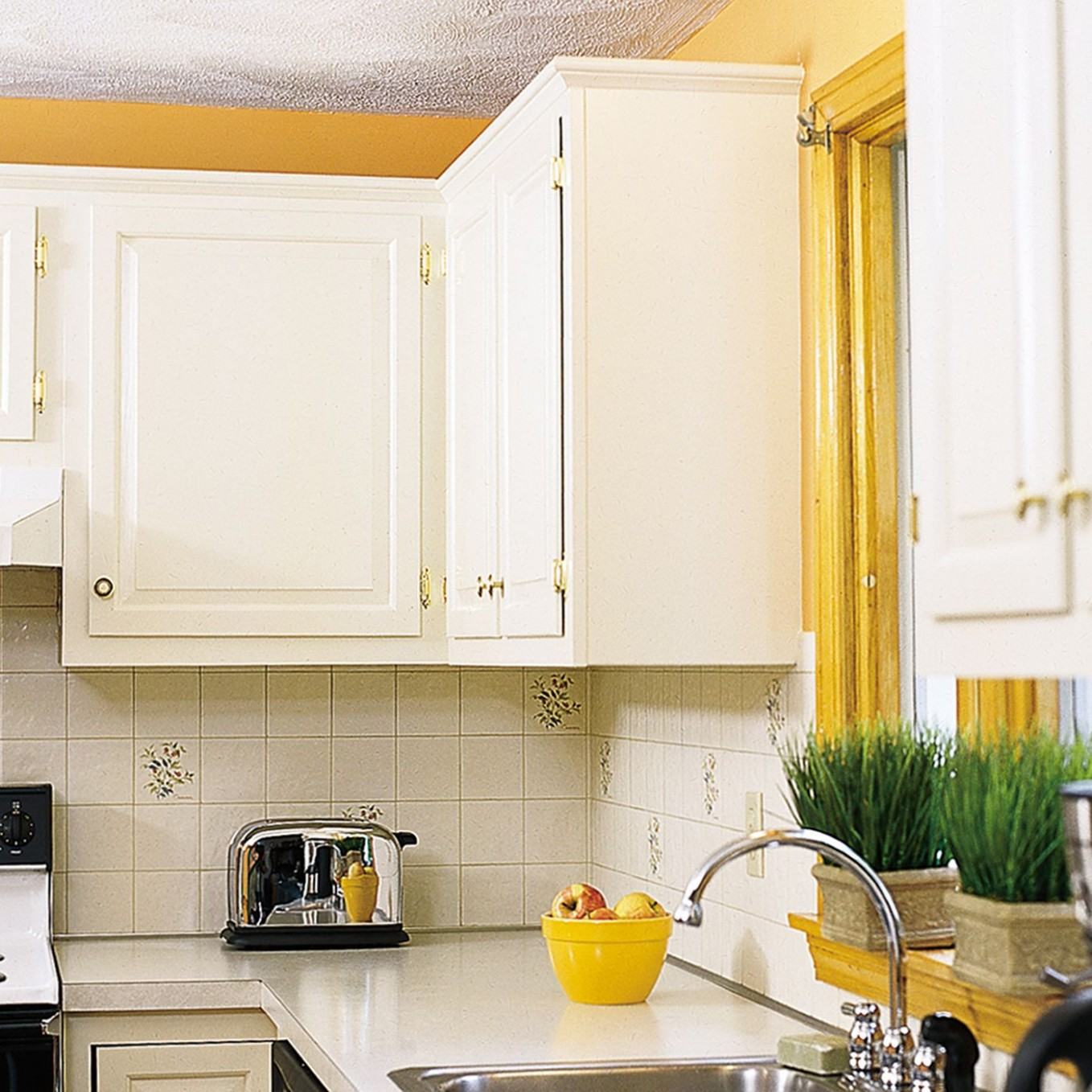 Pro Secrets for Painting Kitchen Cabinets - This Old House - How To Finish The Bottom Of Upper Kitchen Cabinets