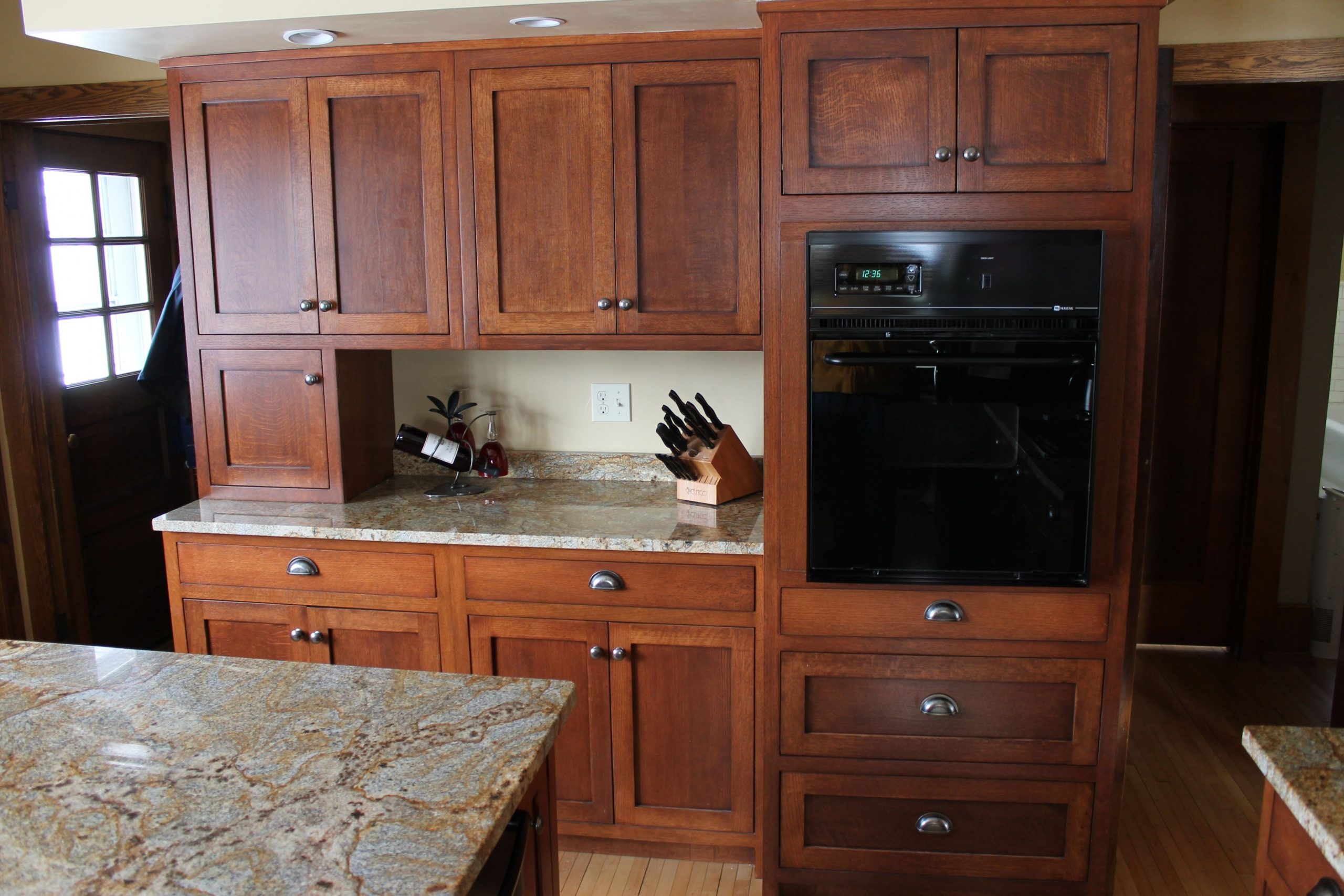 Quarter Sawn Red Oak Kitchen Cabinets - Different colors of  - Red Shaker Kitchen Cabinets