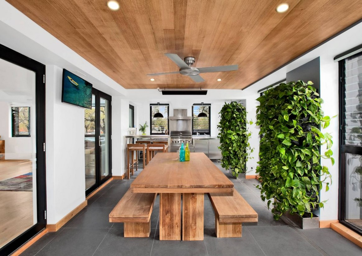 Think Green: 9 Vertical Garden Ideas - Dining Room Garden Ideas