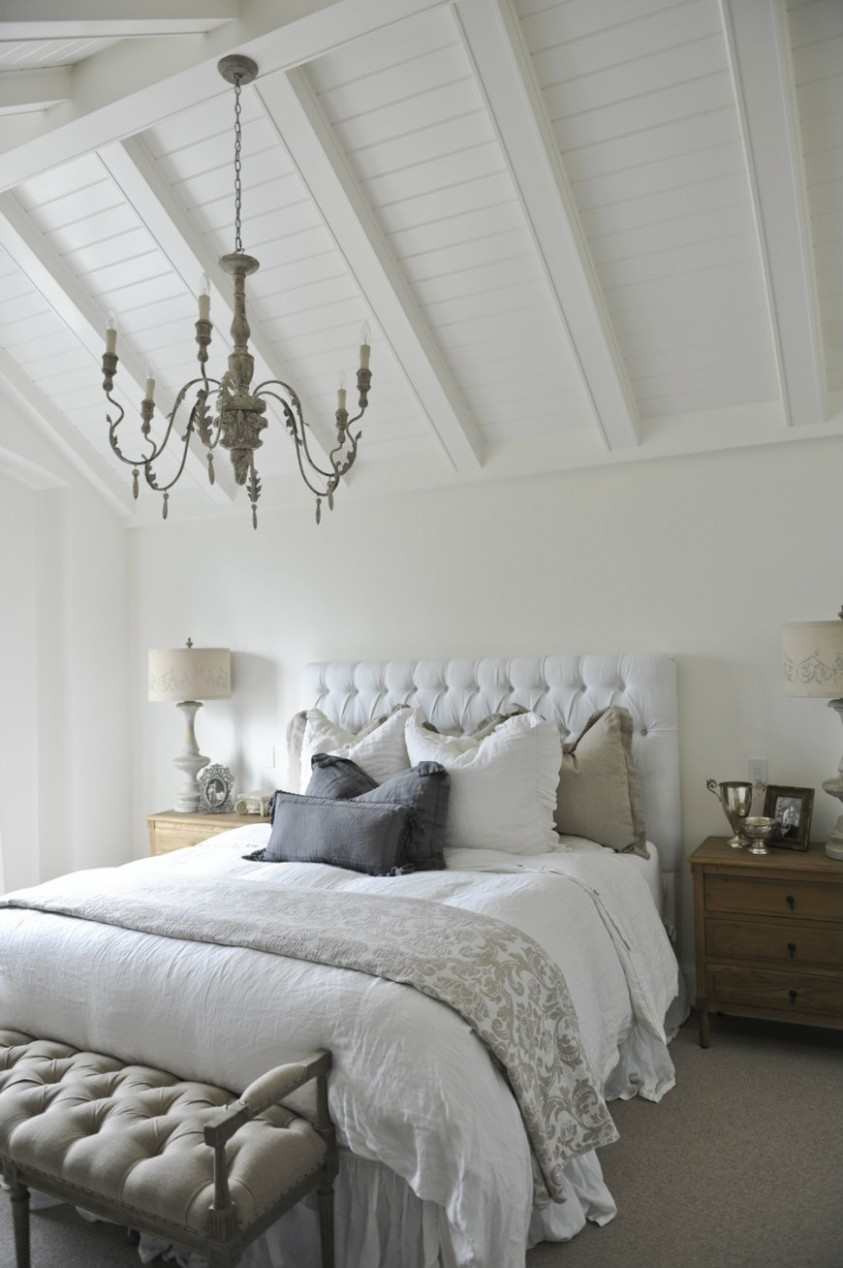 Unique Ways to Decorating Bedrooms with High Ceilings – Bedroom Ideas - Bedroom Ideas High Ceilings