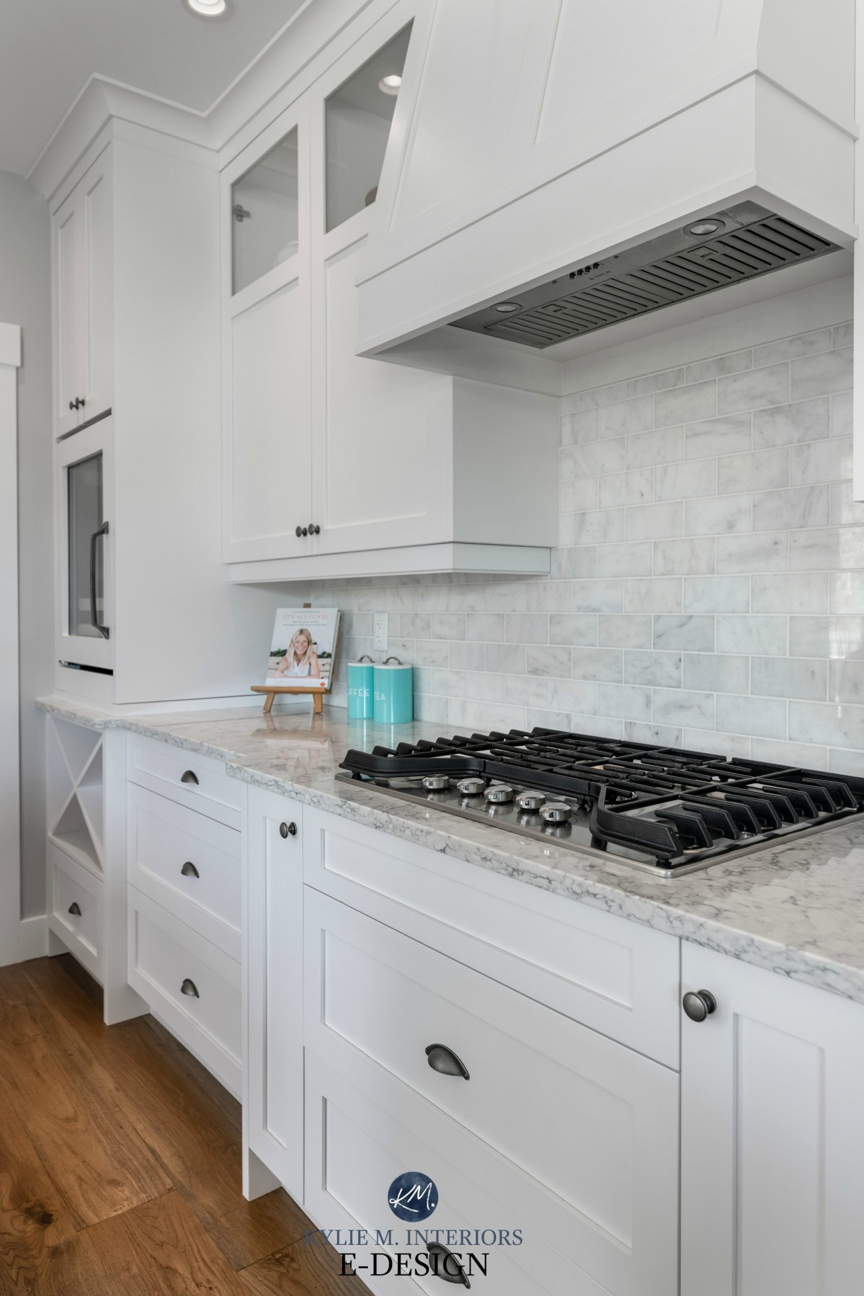White Kitchen Cabinets – 11 Palettes to Create a Balanced and  - White Kitchen Cabinets And Quartz Countertops