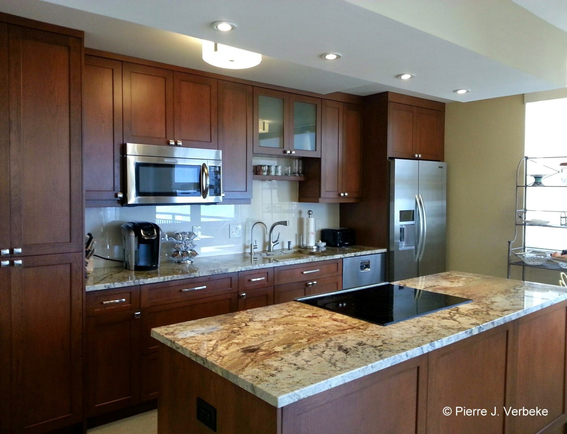 WHITEHALL Unit 12-E: The stylish new Kitchen features extra tall  - Whitehall Kitchen Cabinets