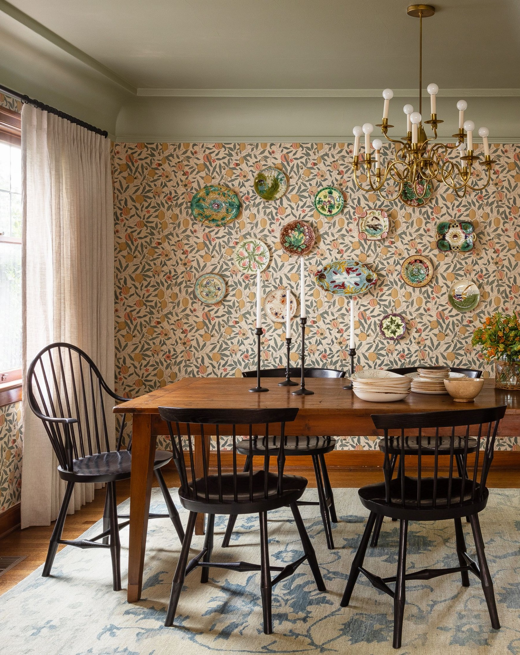 10 Best Dining Room Decorating Ideas, Furniture, Designs, and Pictures - Dining Room Ideas Oak Table