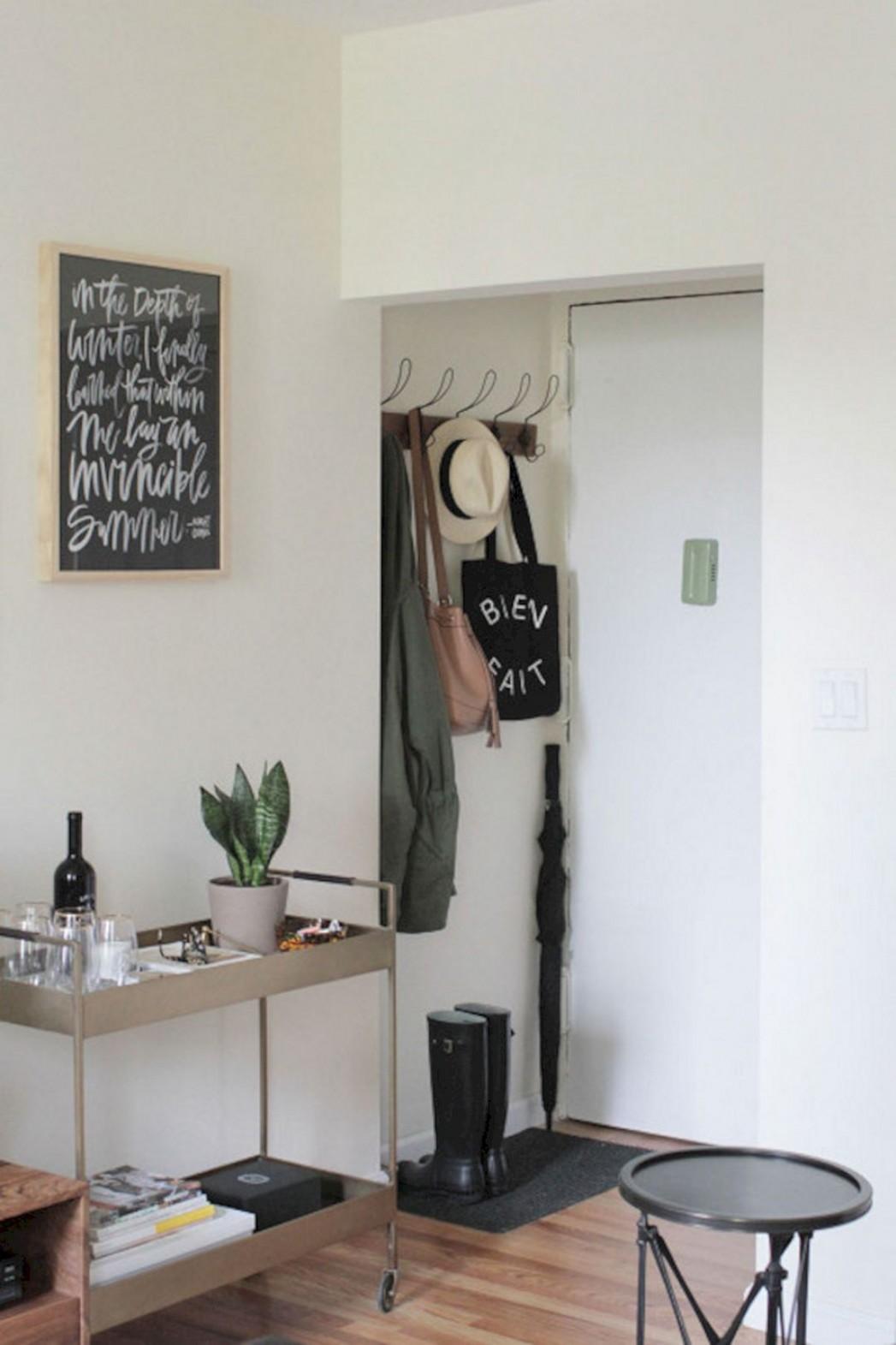 10 Best Small Apartment Entryway Decorating Ideas  Interieur  - Apartment Entrance Decor Ideas