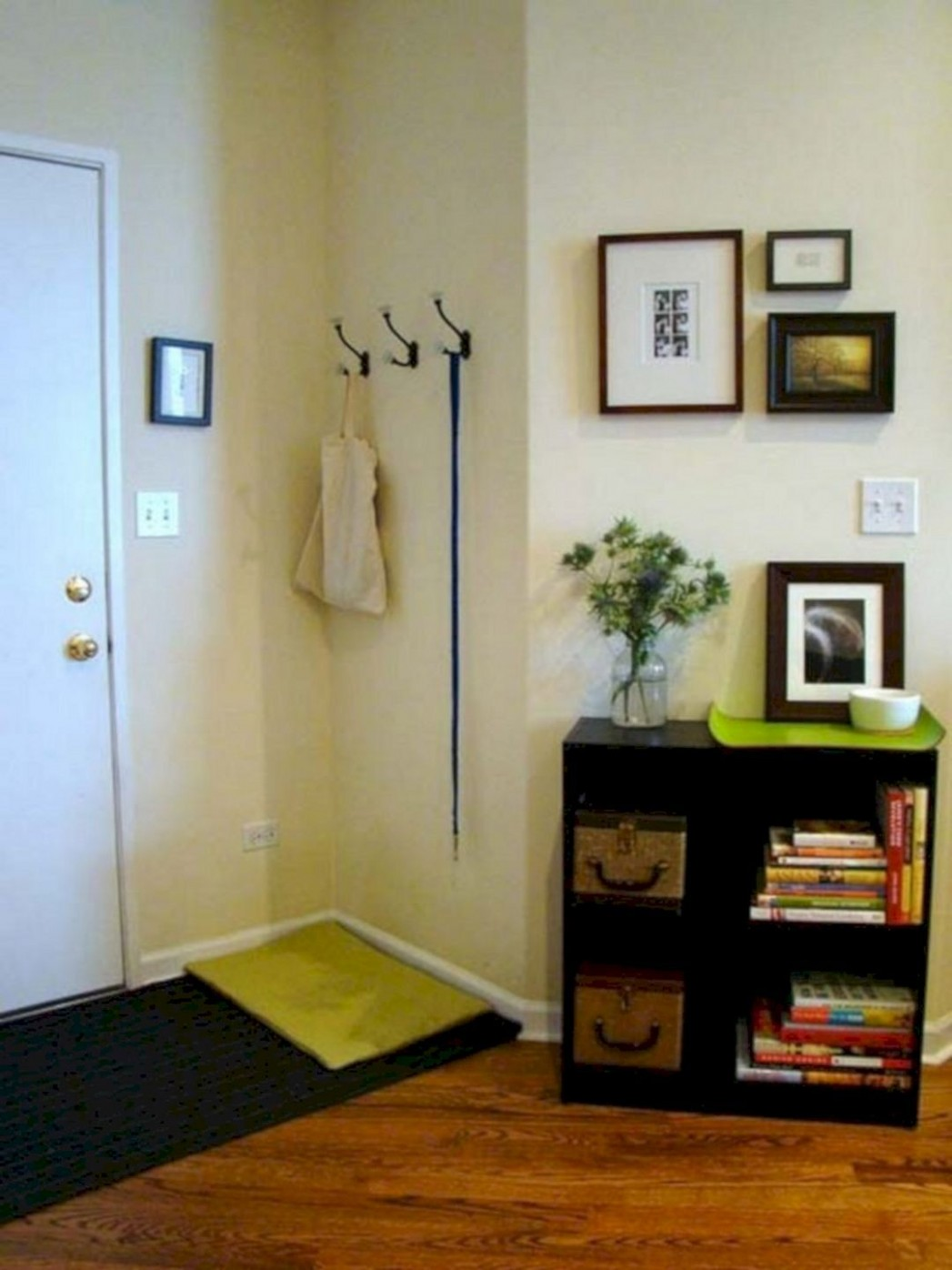 10 Best Small Apartment Entryway Decorating Ideas  Small  - Apartment Entrance Decor Ideas