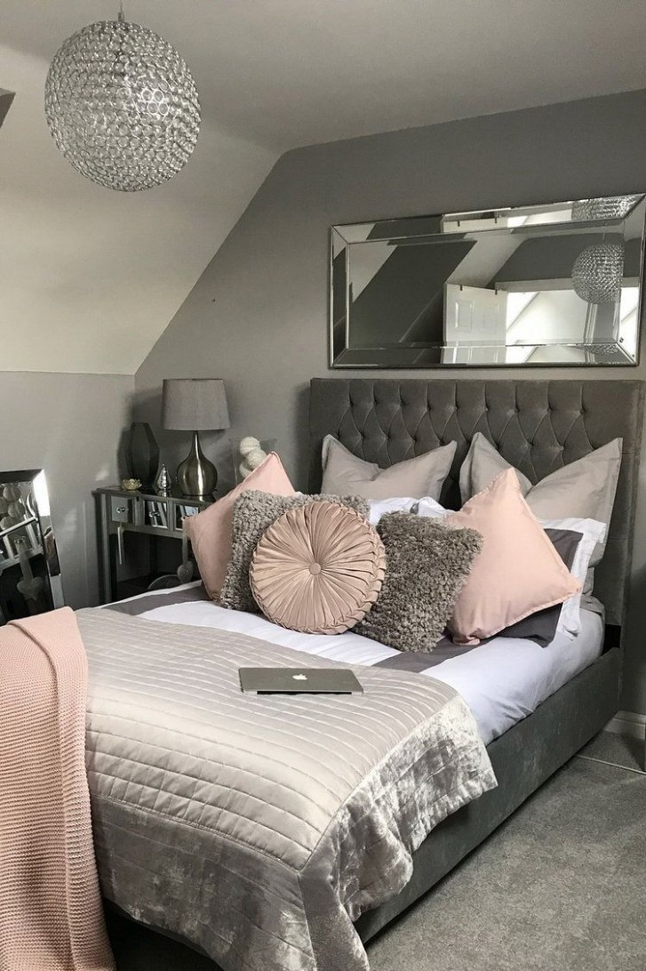 10 Cozy Grey Bedroom Designs With Upholstered Tufted Headboard T  - Bedroom Ideas Grey
